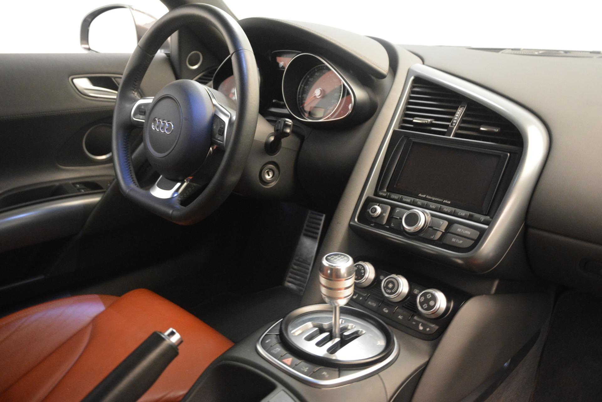 Used 2009 Audi R8 quattro For Sale In Westport, CT 3228_p19