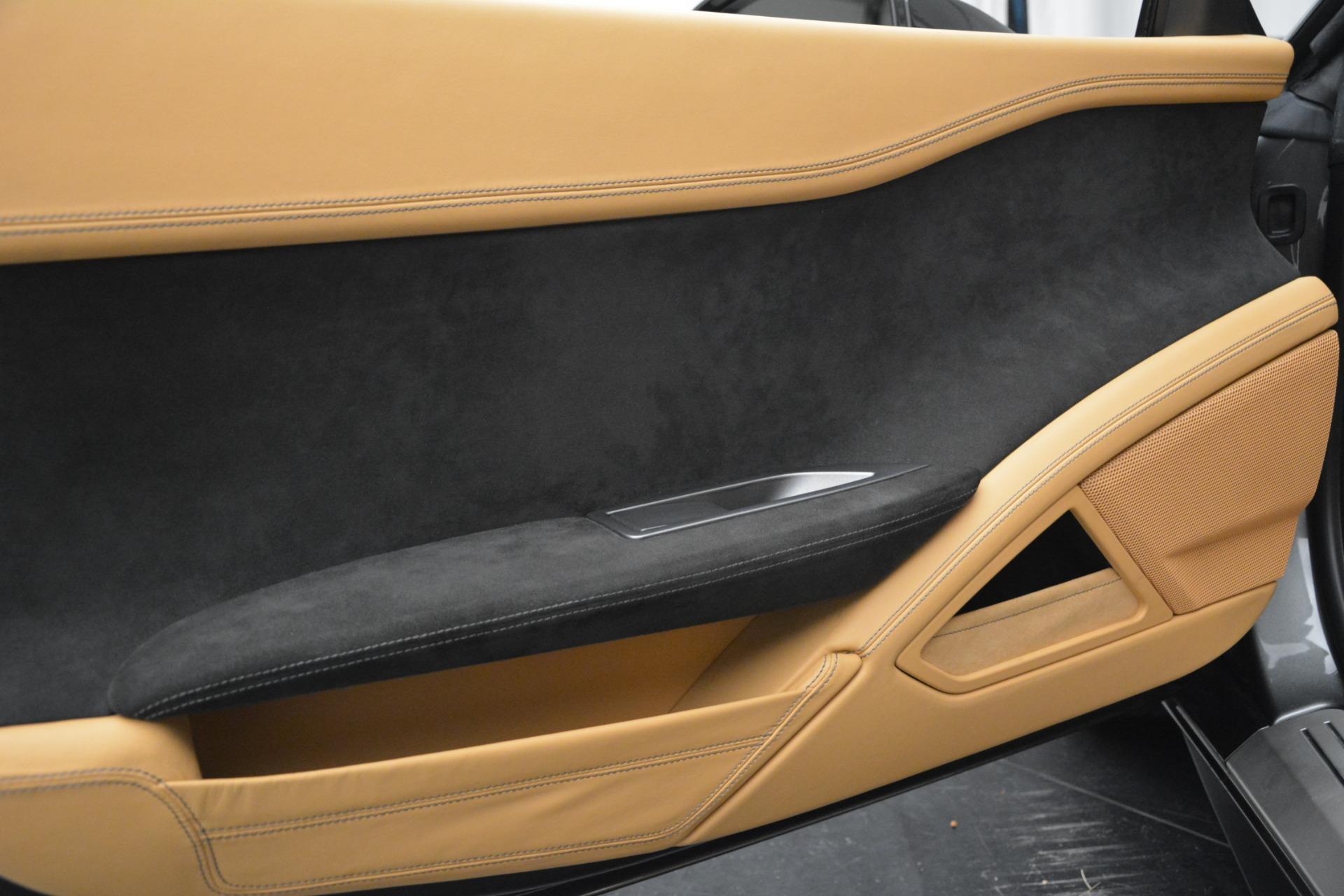 Used 2013 Ferrari 458 Spider  For Sale In Westport, CT 3232_p26