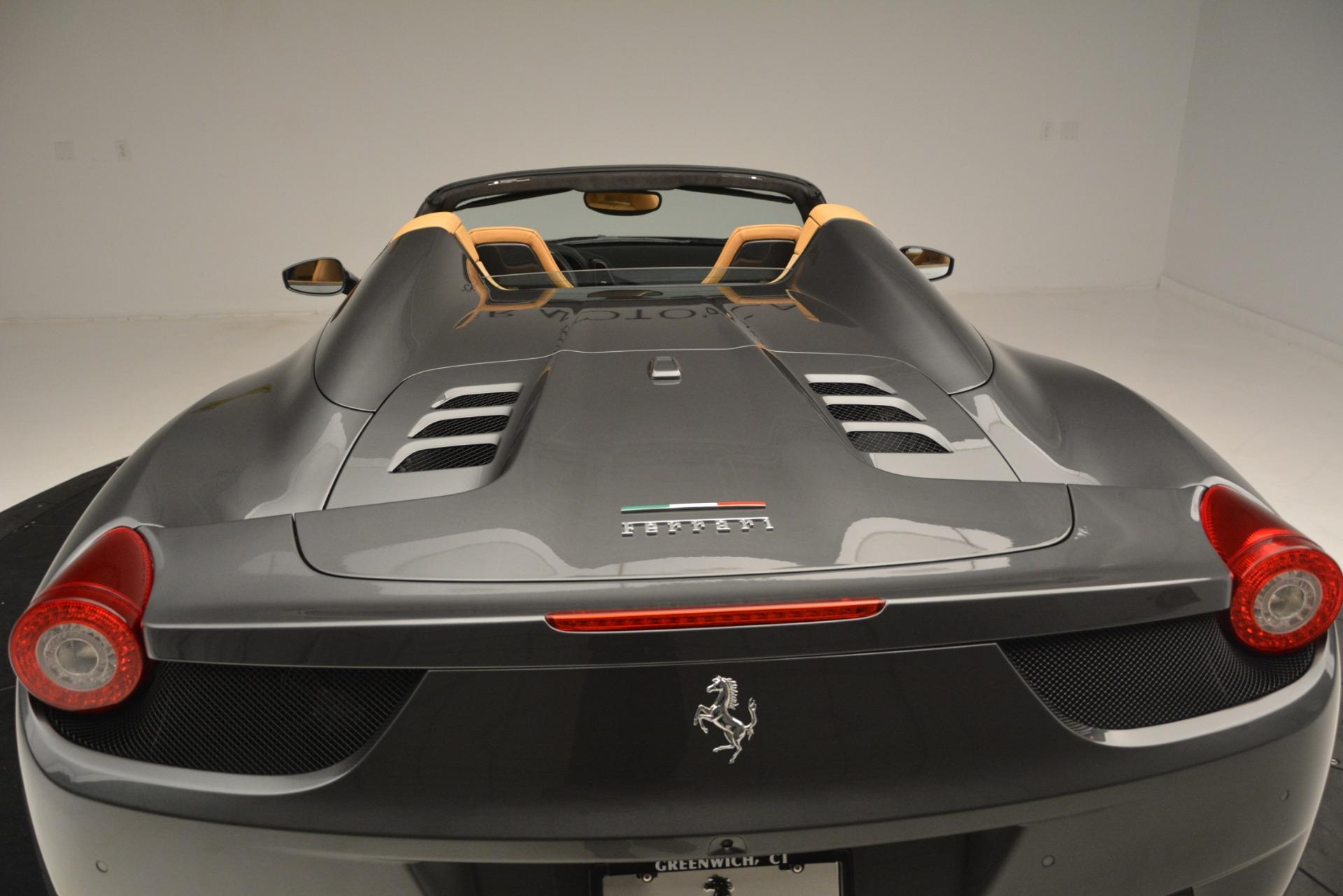 Used 2013 Ferrari 458 Spider  For Sale In Westport, CT 3232_p29