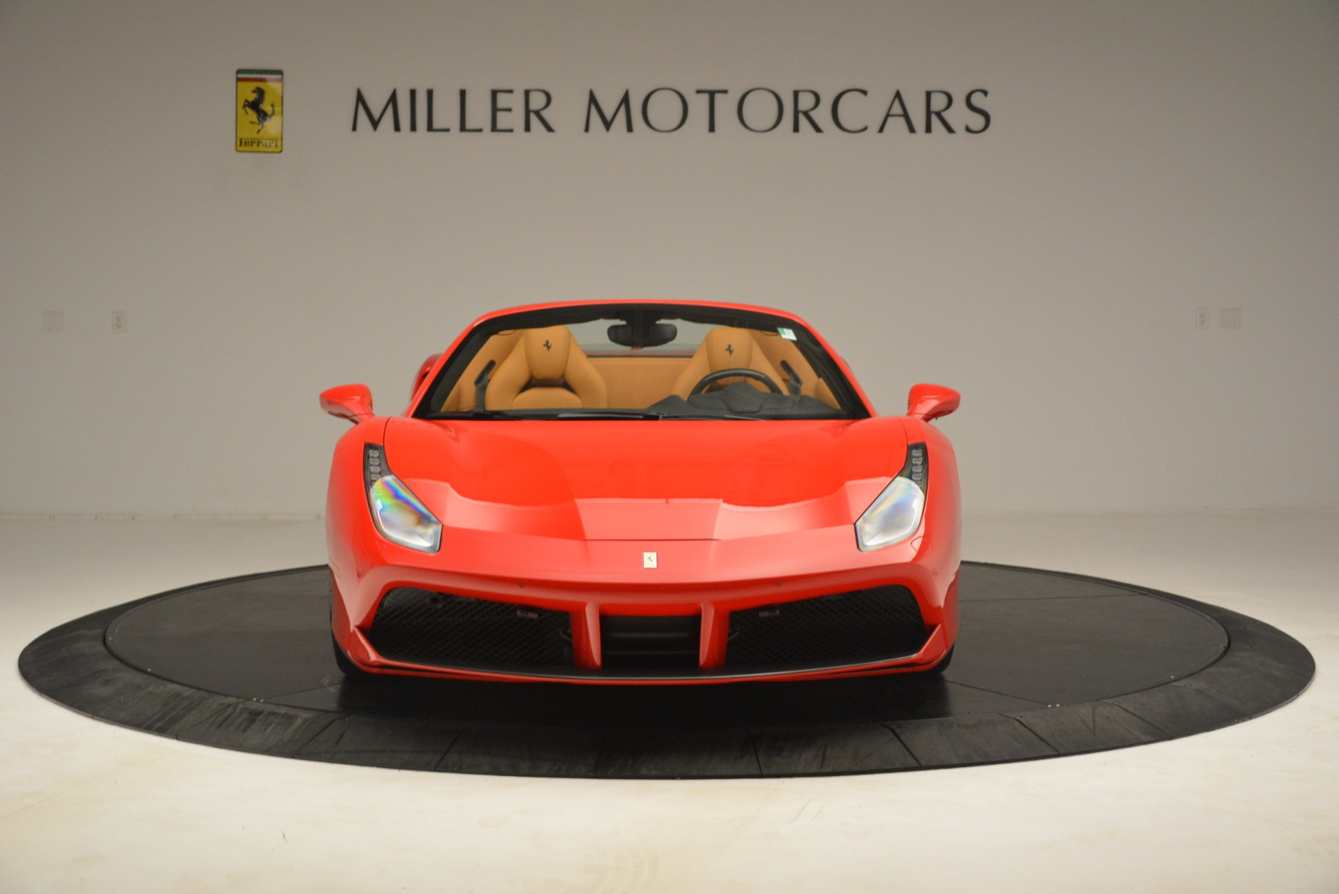 Used 2018 Ferrari 488 Spider  For Sale In Westport, CT 3234_p12