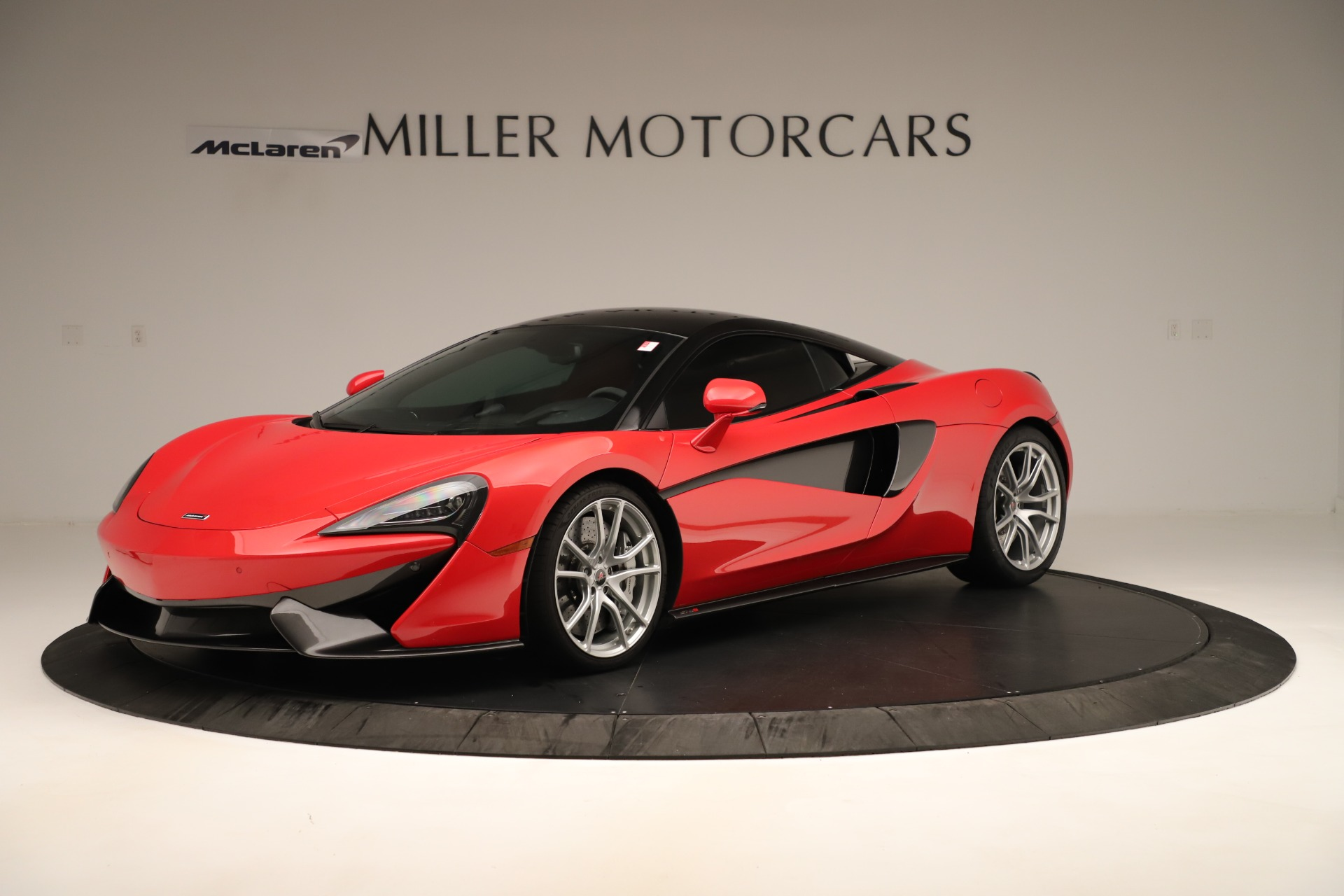Used 2016 McLaren 570S Coupe For Sale In Westport, CT 3235_main