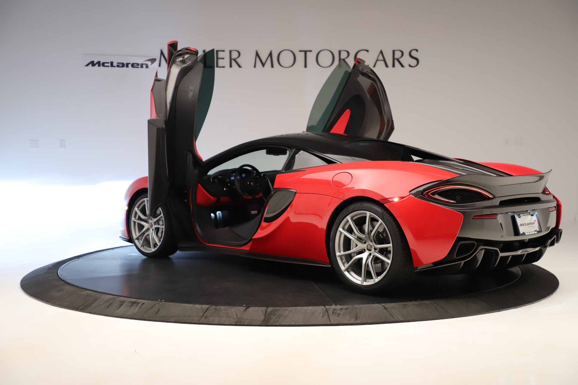 Used 2016 McLaren 570S Coupe For Sale In Westport, CT 3235_p12