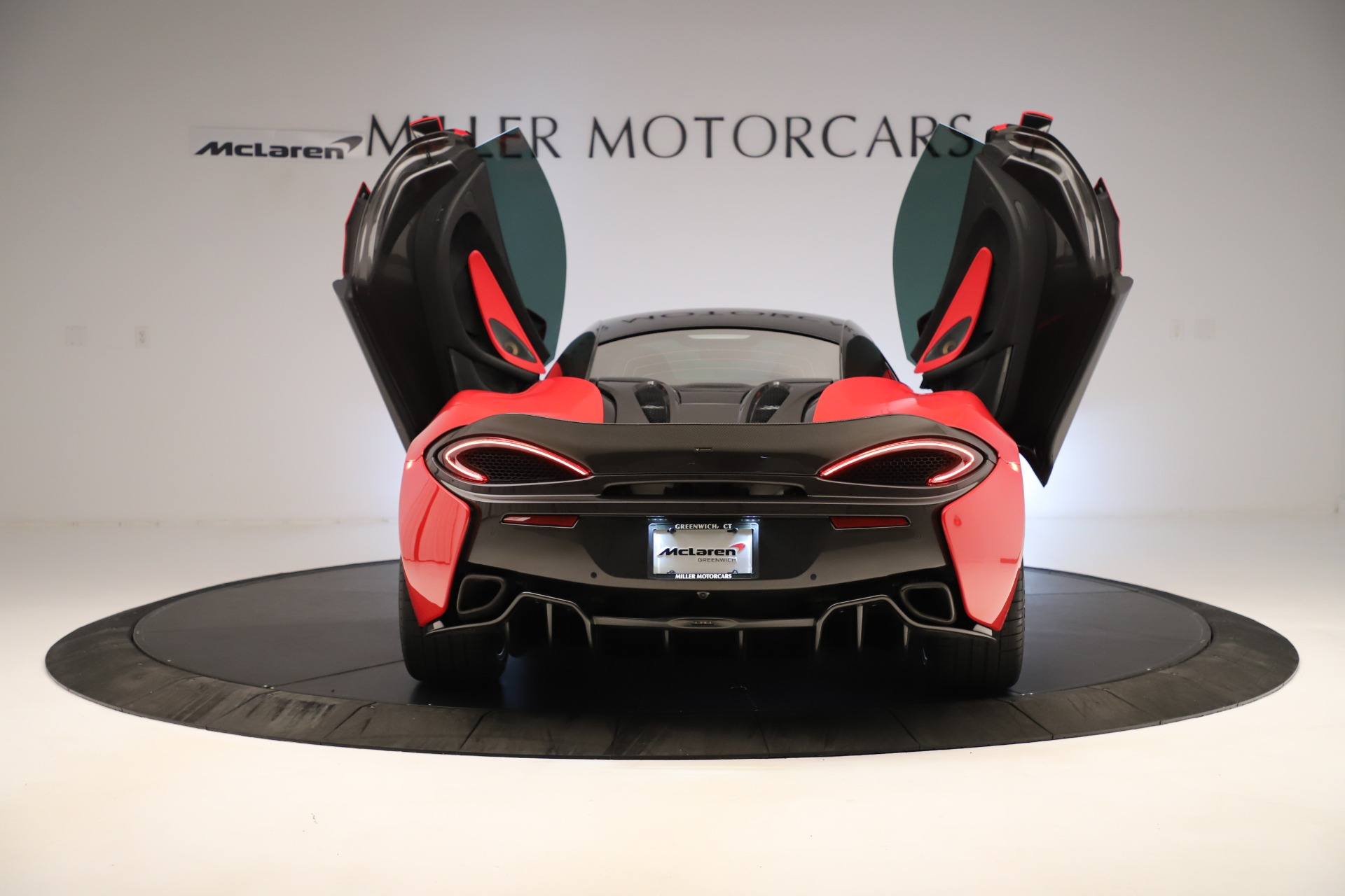 Used 2016 McLaren 570S Coupe For Sale In Westport, CT 3235_p13