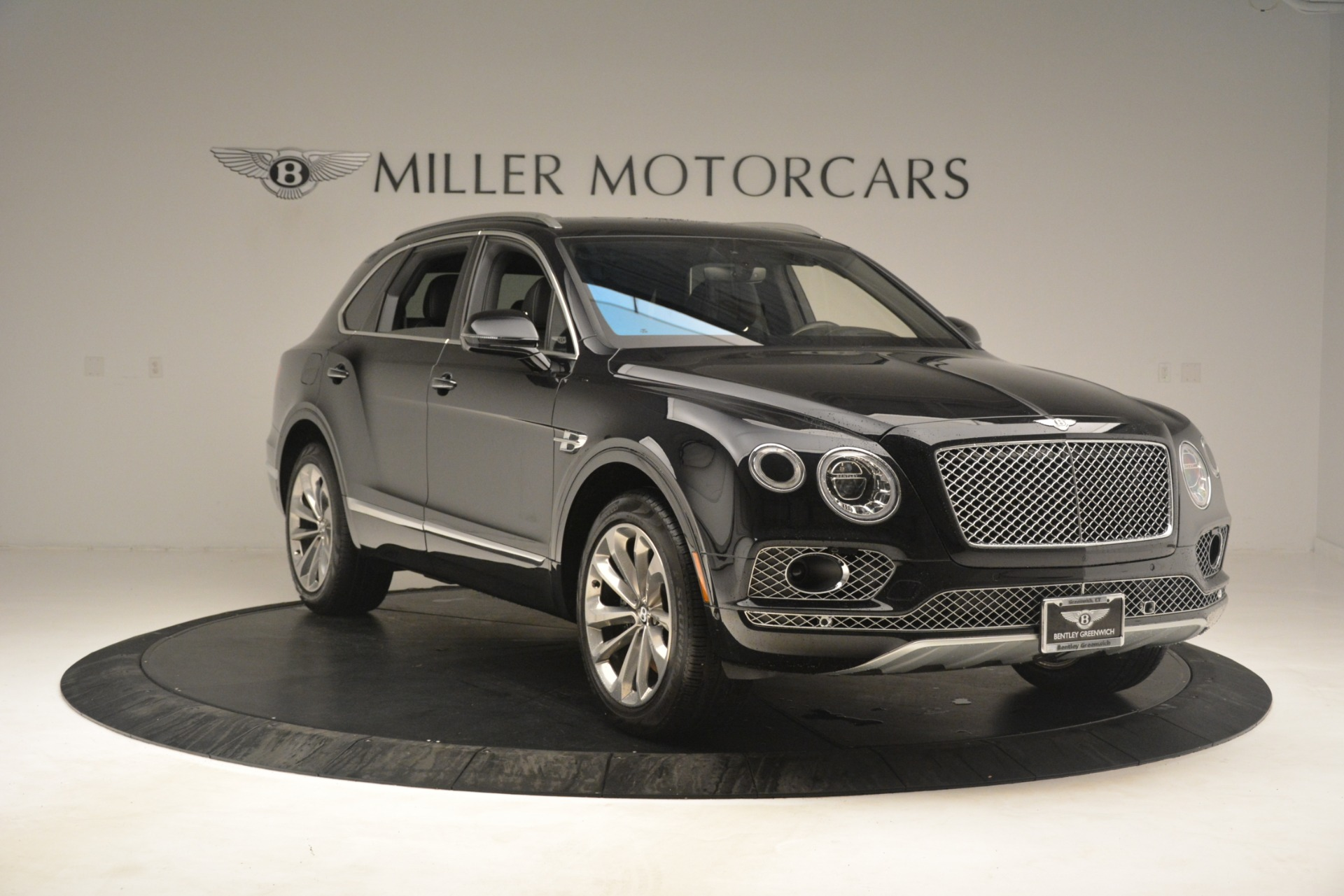 Used 2017 Bentley Bentayga W12 For Sale In Westport, CT 3239_p11