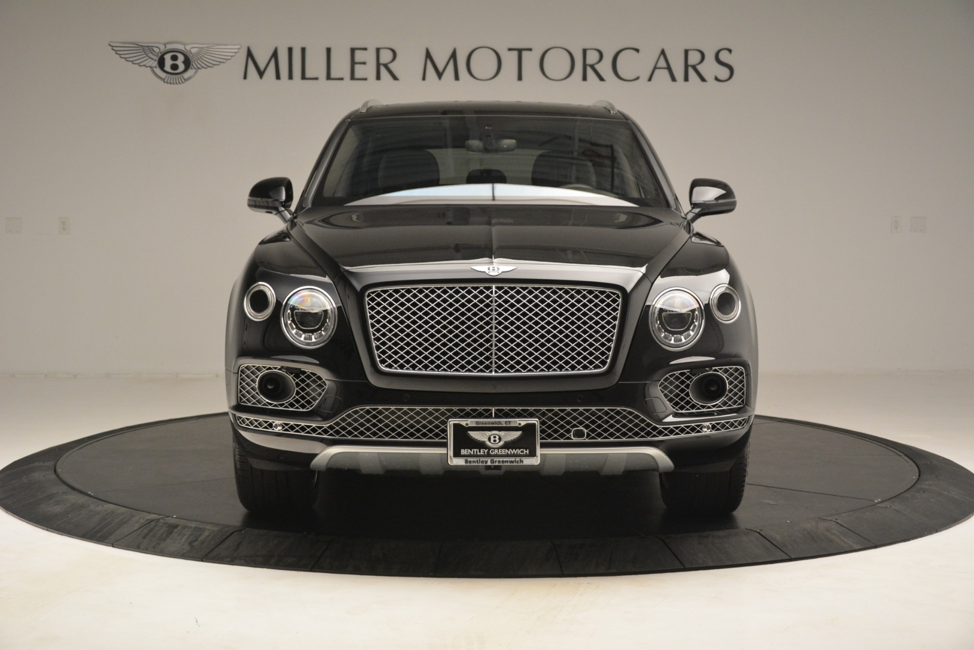 Used 2017 Bentley Bentayga W12 For Sale In Westport, CT 3239_p12