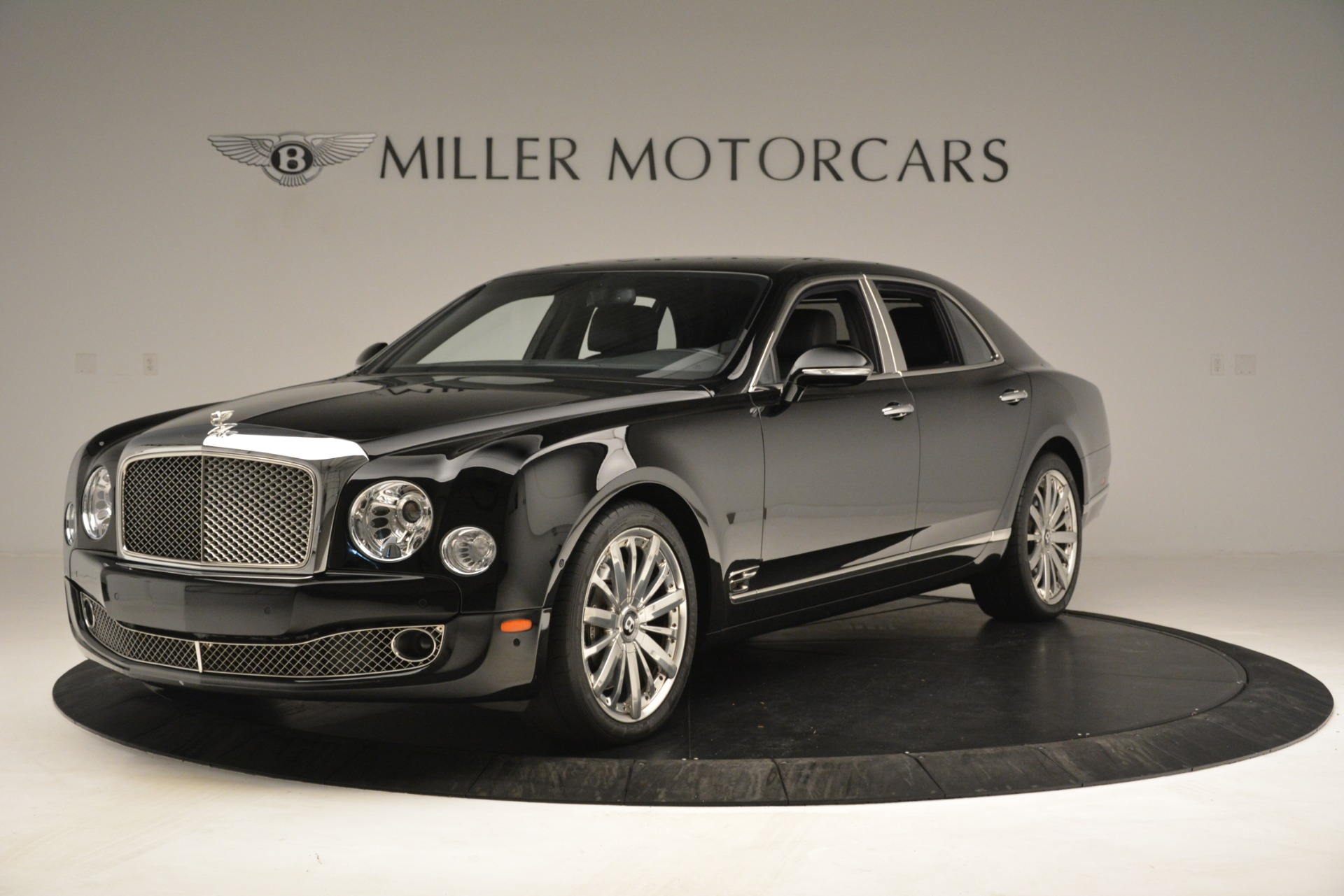 Used 2016 Bentley Mulsanne  For Sale In Westport, CT 3240_p2
