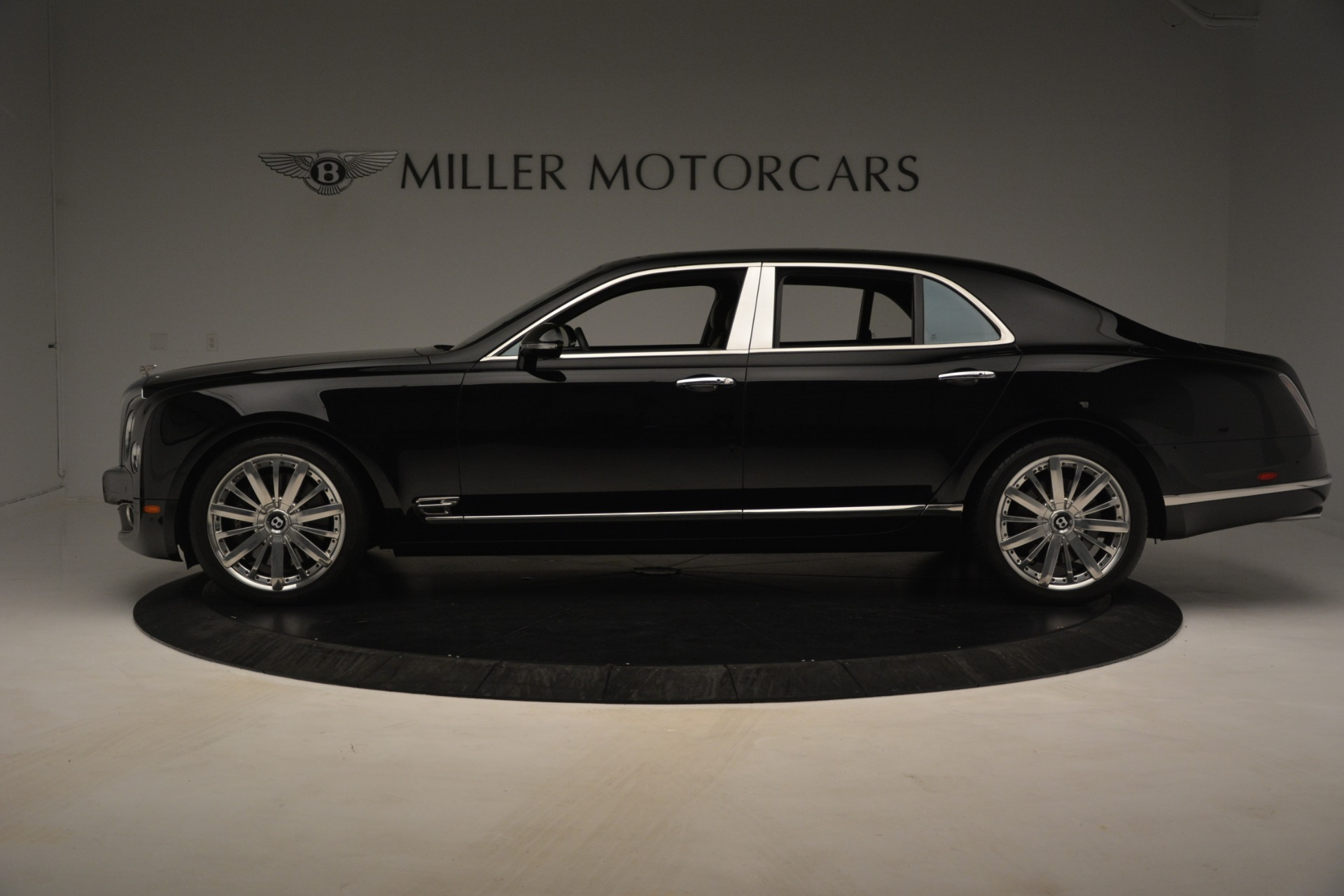 Used 2016 Bentley Mulsanne  For Sale In Westport, CT 3240_p3