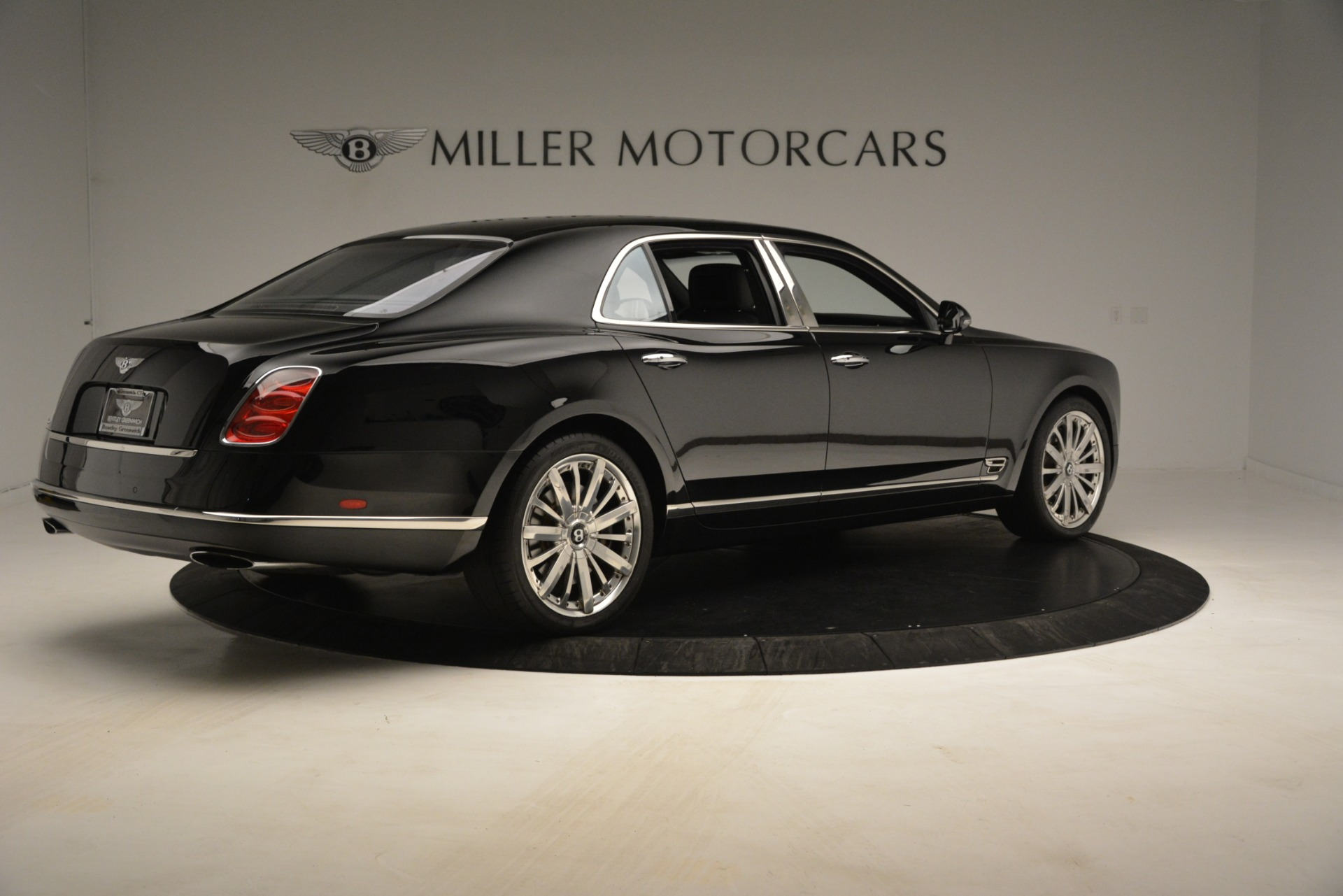 Used 2016 Bentley Mulsanne  For Sale In Westport, CT 3240_p8