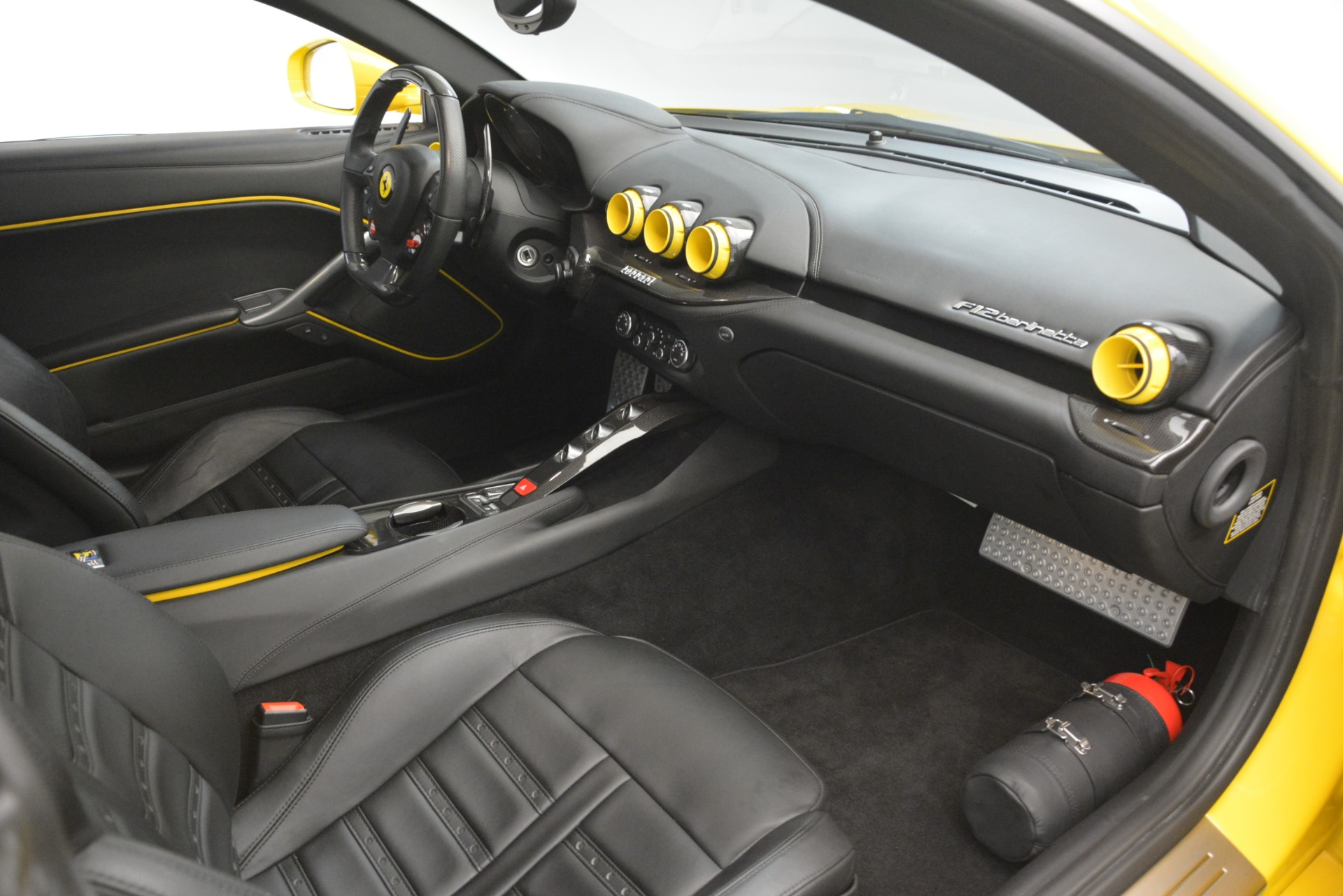 Used 2015 Ferrari F12 Berlinetta  For Sale In Westport, CT 3254_p17