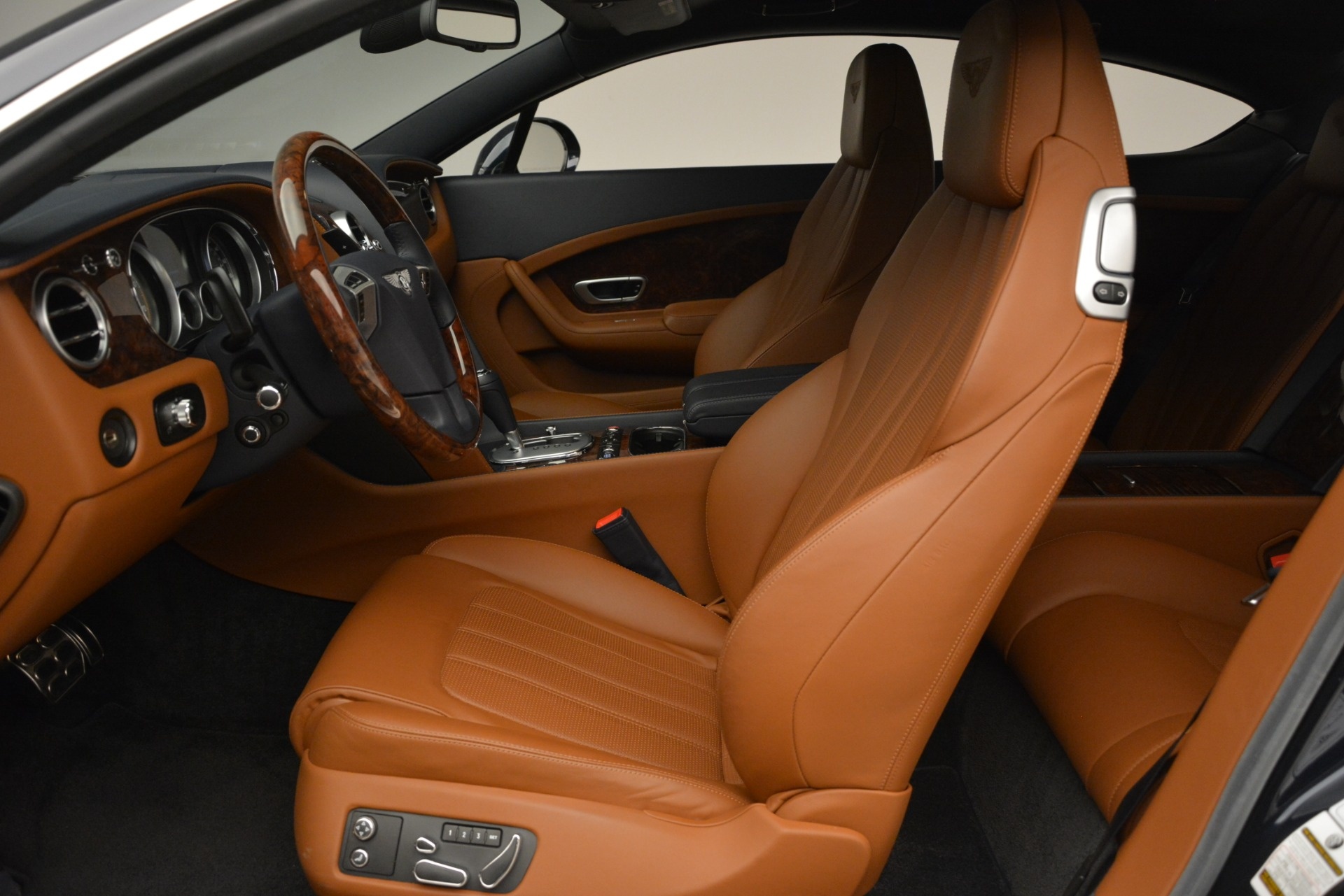 Used 2013 Bentley Continental GT V8 For Sale In Westport, CT 3257_p19