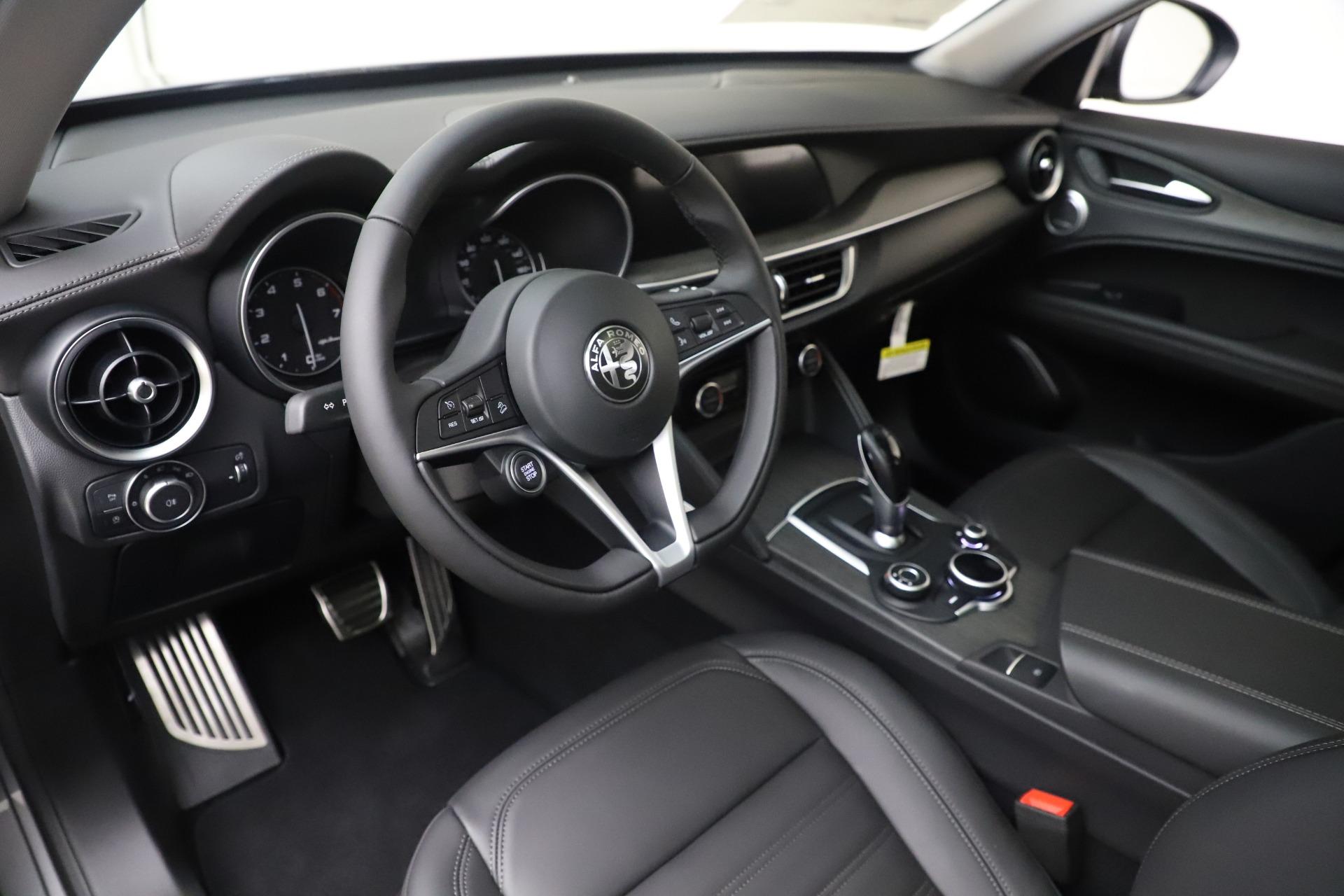 New 2019 Alfa Romeo Stelvio Ti Lusso Q4 For Sale In Westport, CT 3260_p13