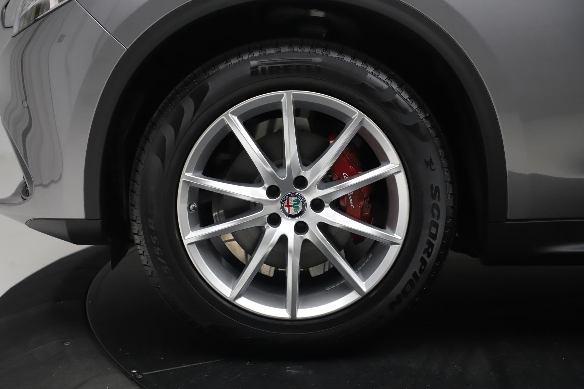 New 2019 Alfa Romeo Stelvio Ti Lusso Q4 For Sale In Westport, CT 3260_p30