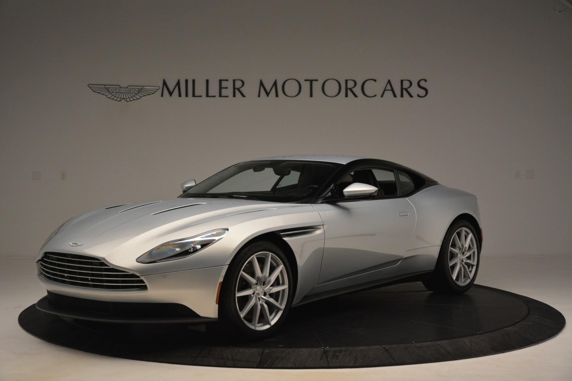 Used 2018 Aston Martin DB11 V12 Coupe For Sale In Westport, CT 3264_main