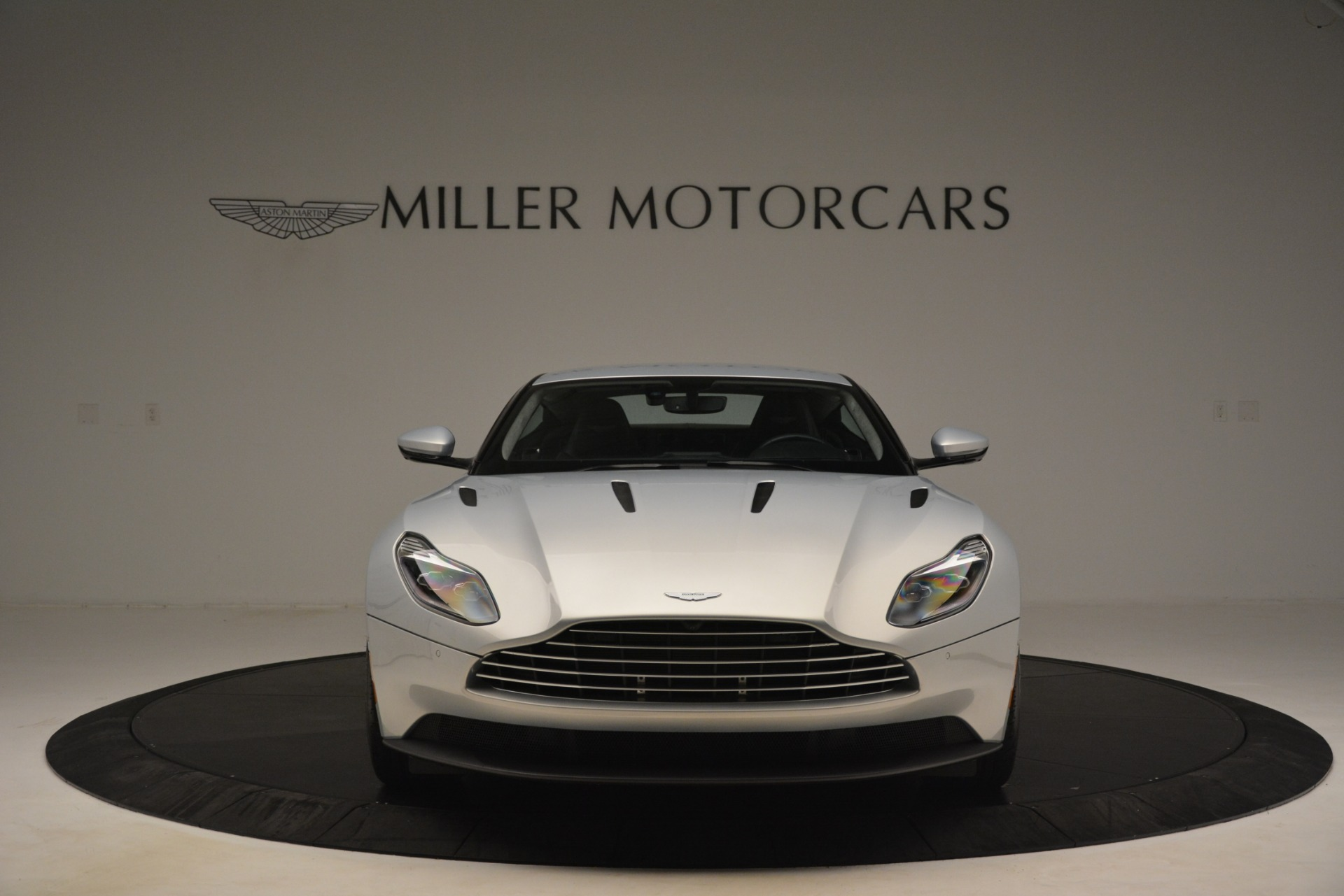 Used 2018 Aston Martin DB11 V12 Coupe For Sale In Westport, CT 3264_p11