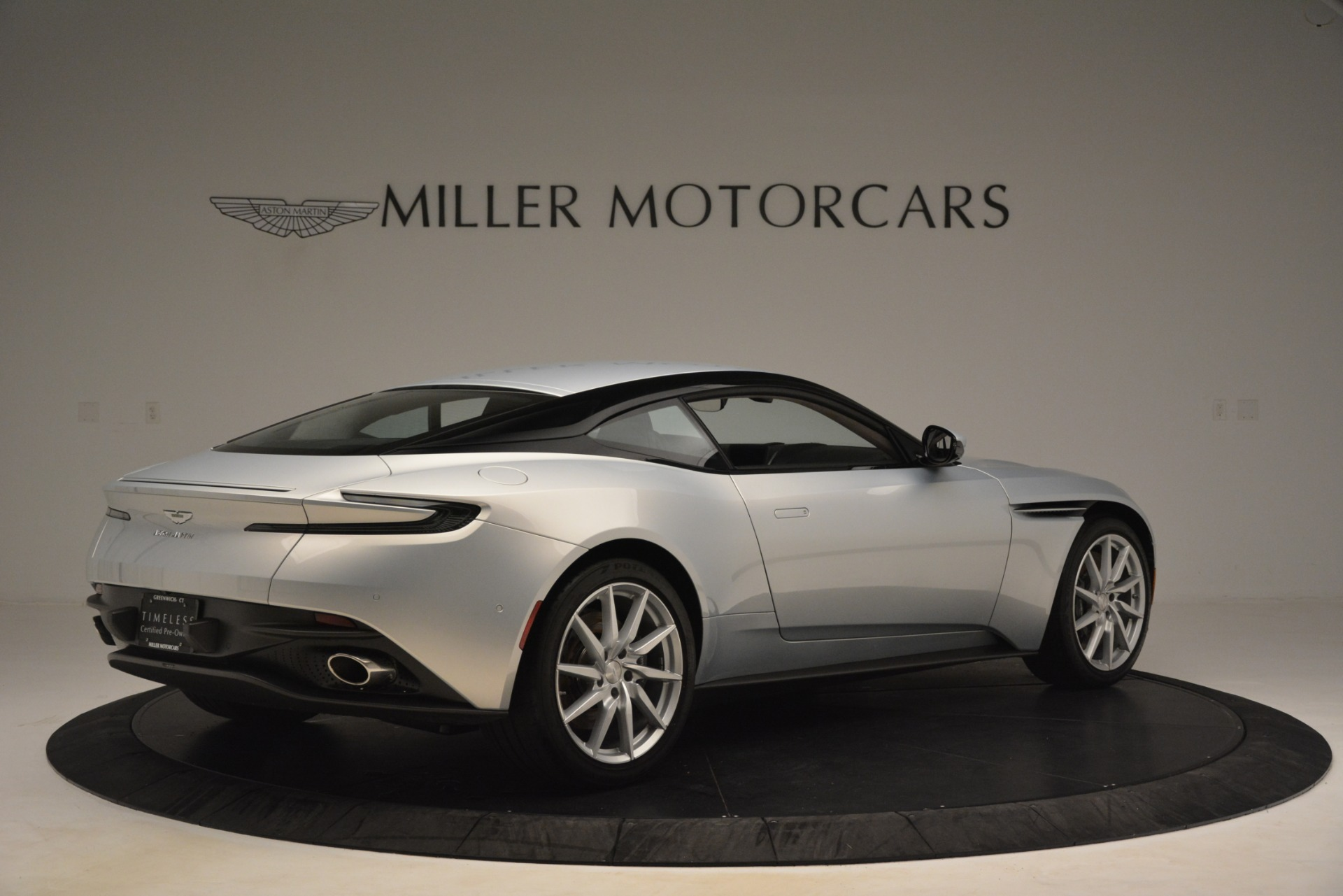 Used 2018 Aston Martin DB11 V12 Coupe For Sale In Westport, CT 3264_p7