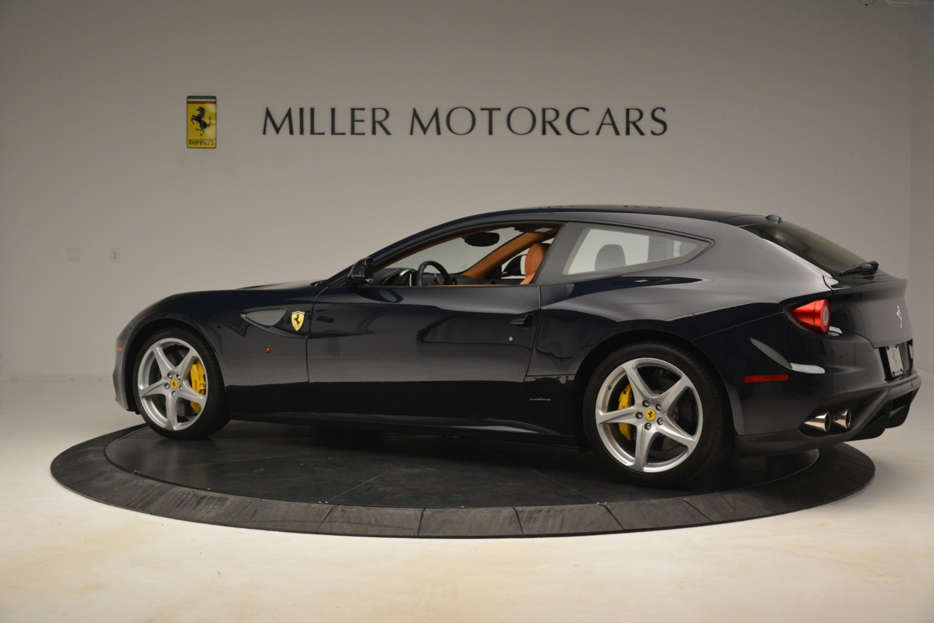 Used 2013 Ferrari FF  For Sale In Westport, CT 3269_p4