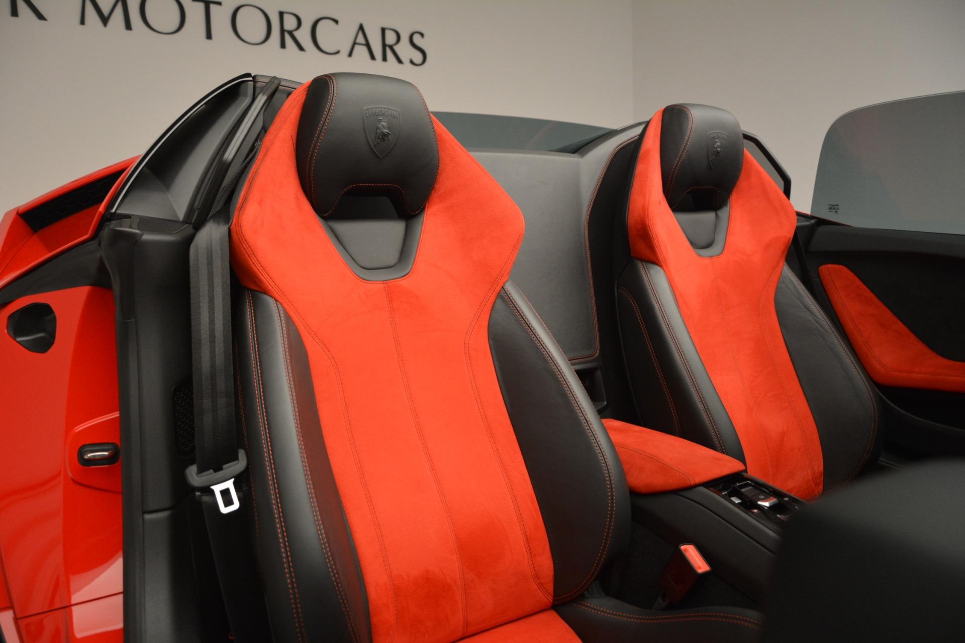 Used 2017 Lamborghini Huracan LP 610-4 Spyder For Sale In Westport, CT 3270_p17