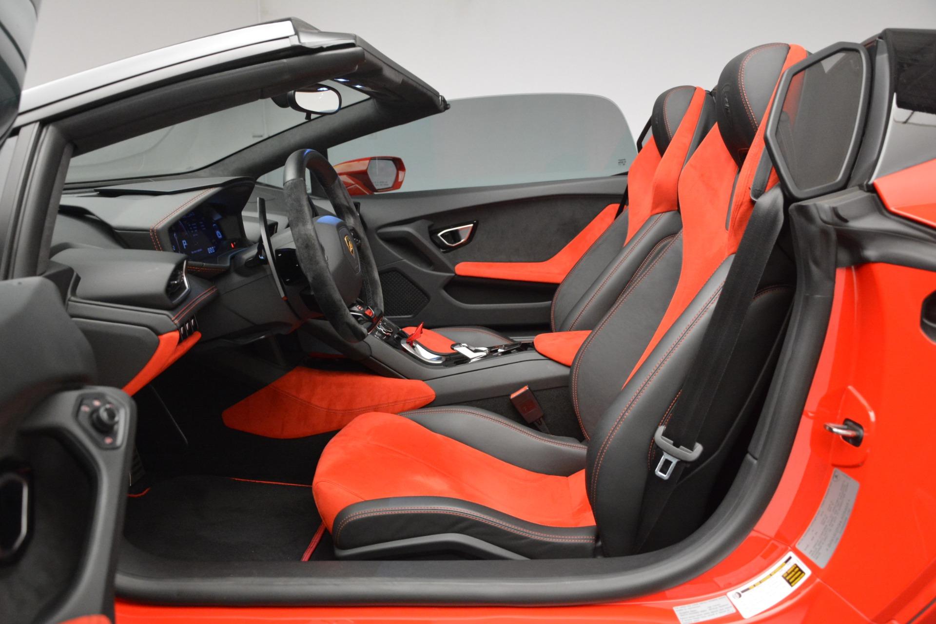 Used 2017 Lamborghini Huracan LP 610-4 Spyder For Sale In Westport, CT 3270_p32