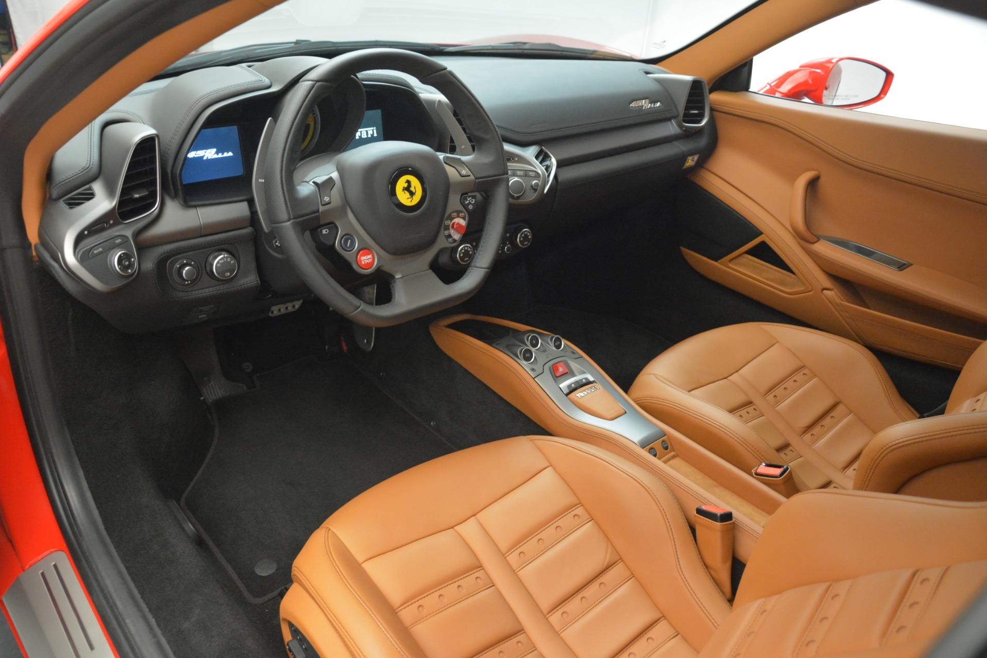 Used 2014 Ferrari 458 Italia  For Sale In Westport, CT 3271_p13