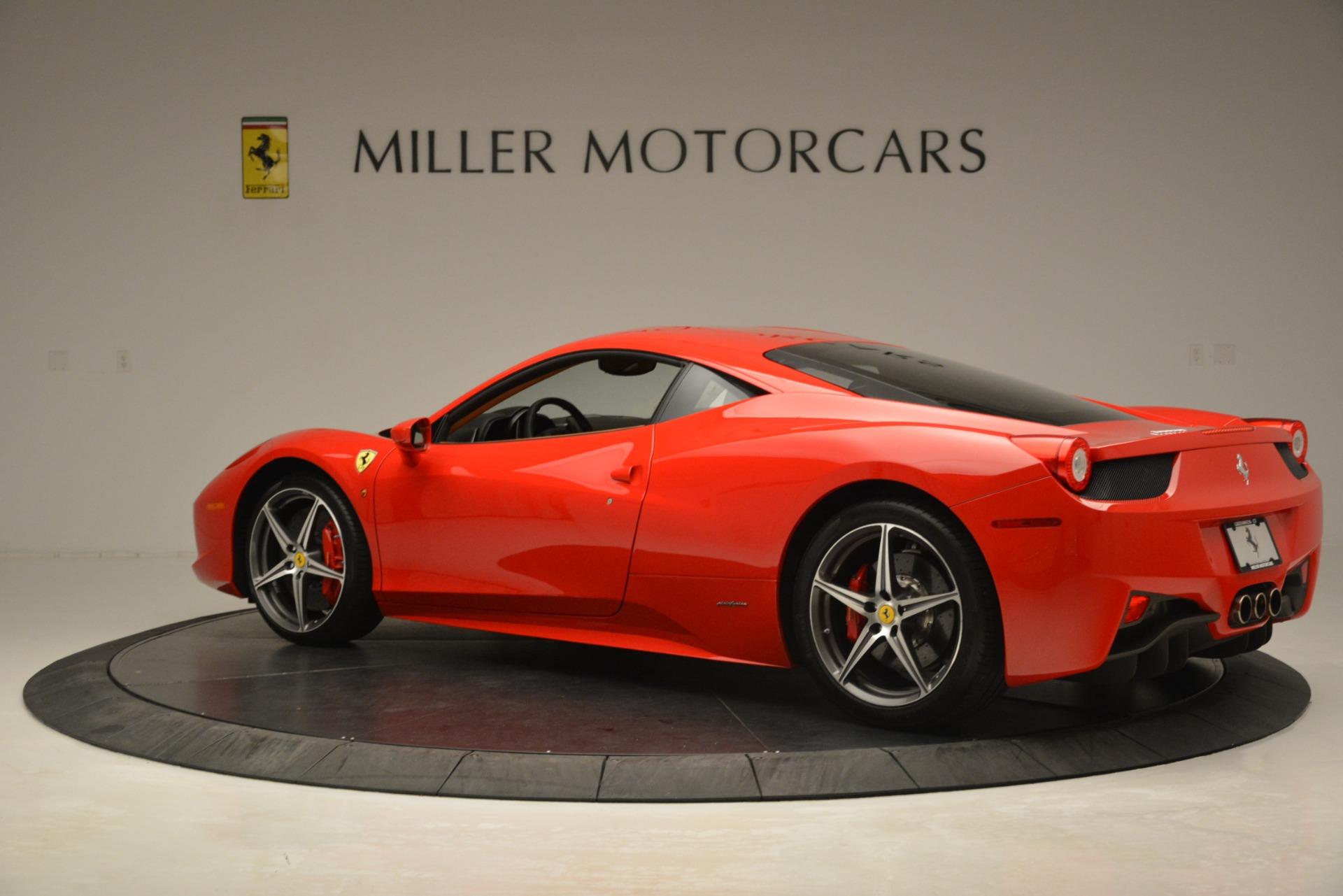 Used 2014 Ferrari 458 Italia  For Sale In Westport, CT 3271_p4