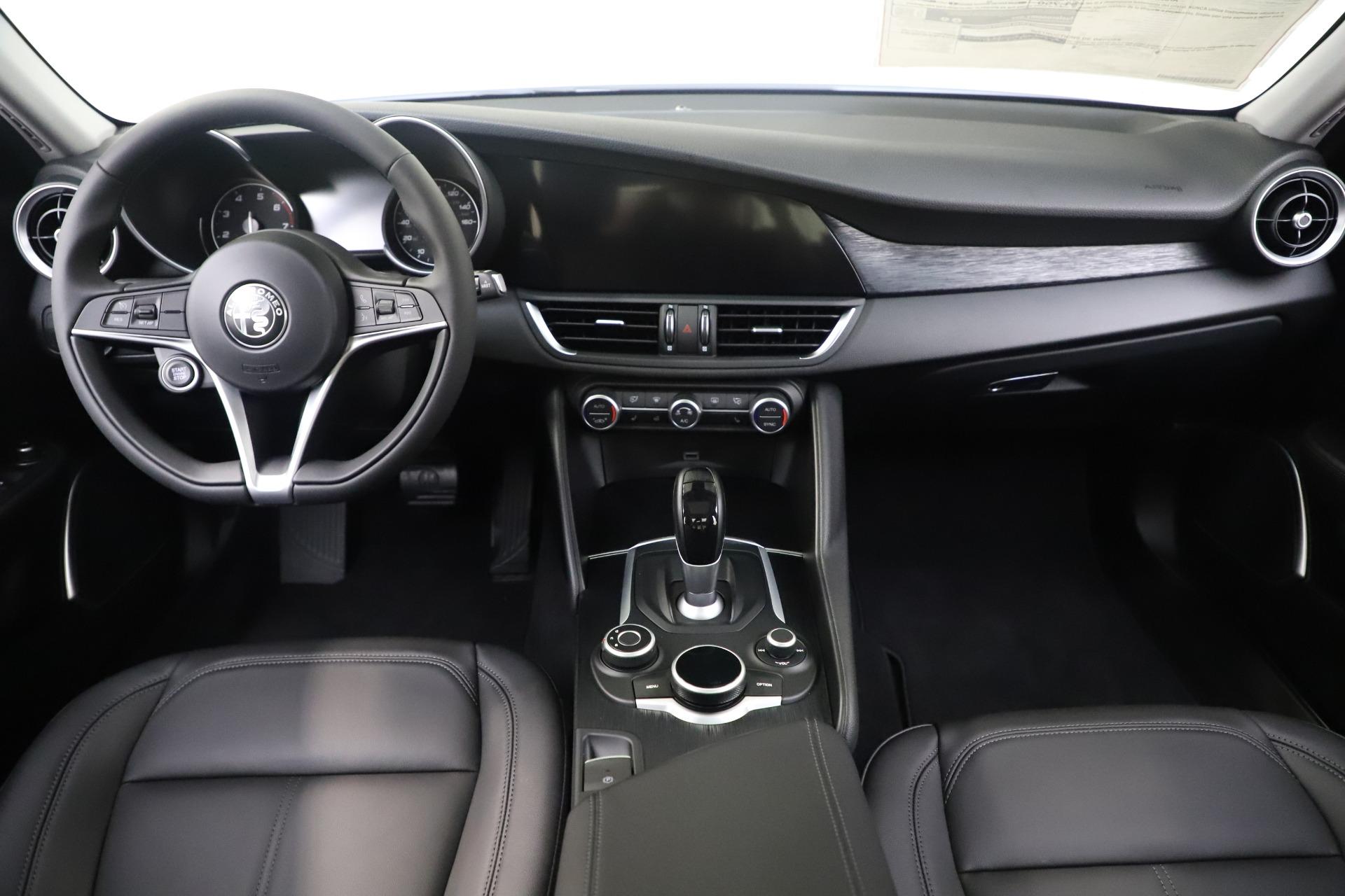 New 2019 Alfa Romeo Giulia Q4 For Sale In Westport, CT 3278_p16