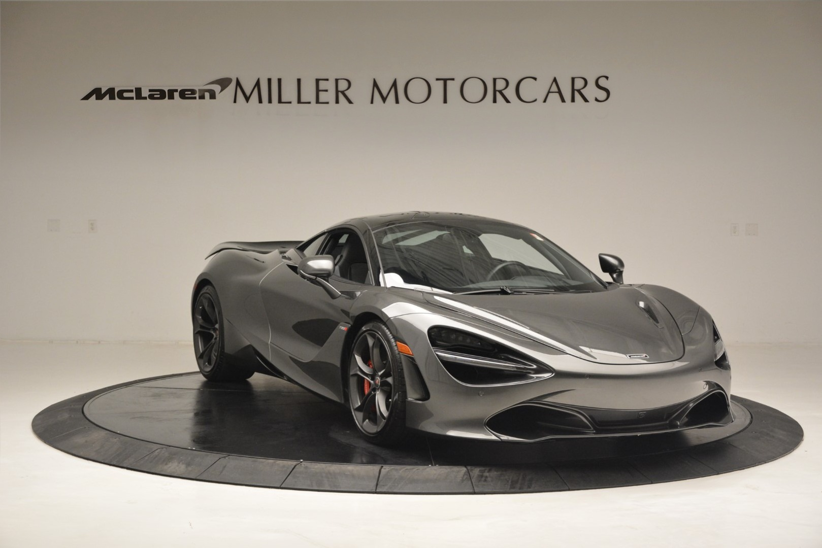 Used 2018 McLaren 720S Coupe For Sale In Westport, CT 3287_p10