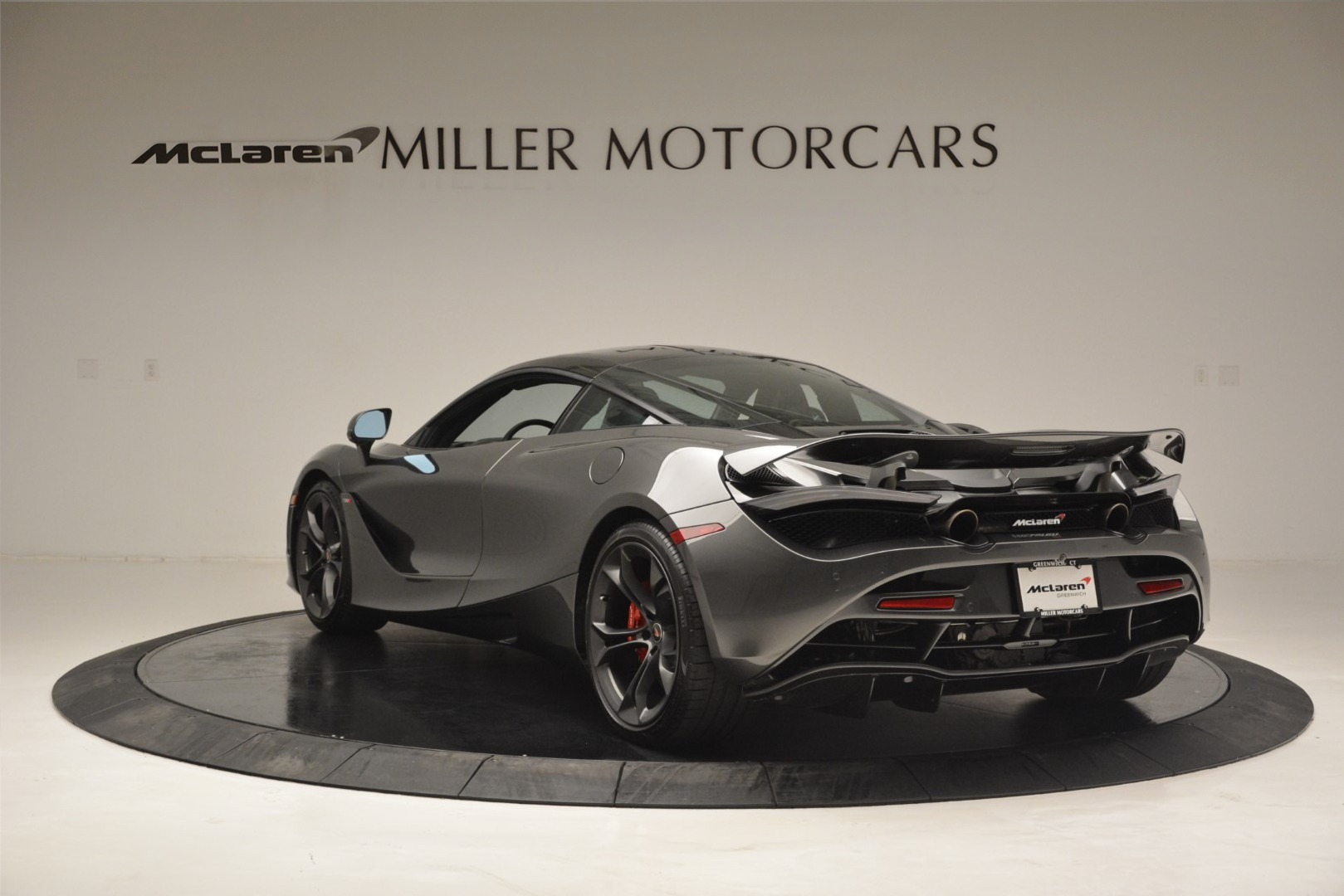 Used 2018 McLaren 720S Coupe For Sale In Westport, CT 3287_p4