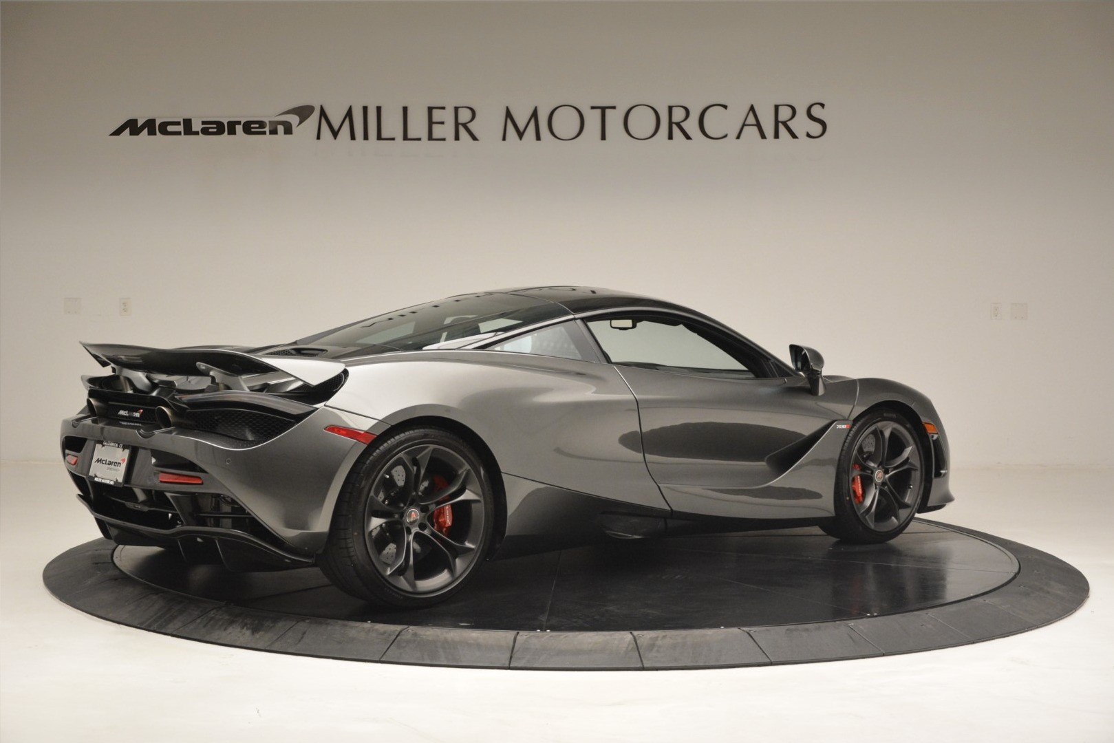 Used 2018 McLaren 720S Coupe For Sale In Westport, CT 3287_p7