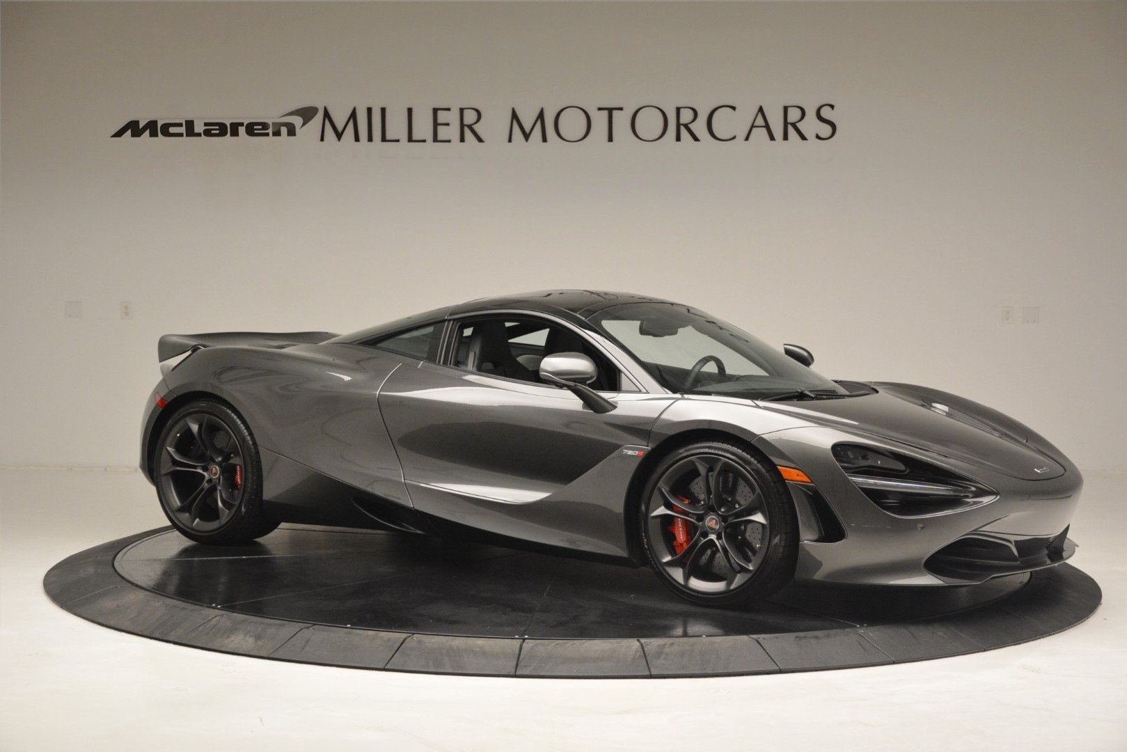 Used 2018 McLaren 720S Coupe For Sale In Westport, CT 3287_p9