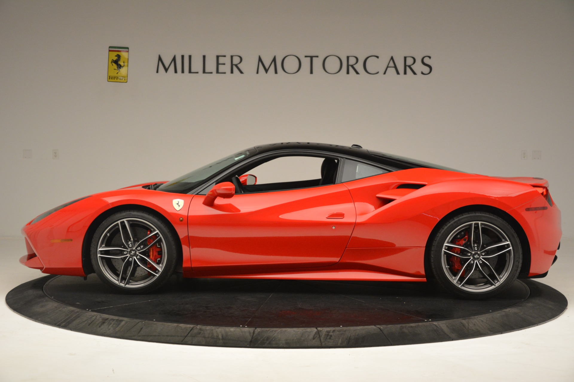 Used 2018 Ferrari 488 GTB  For Sale In Westport, CT 3288_p3