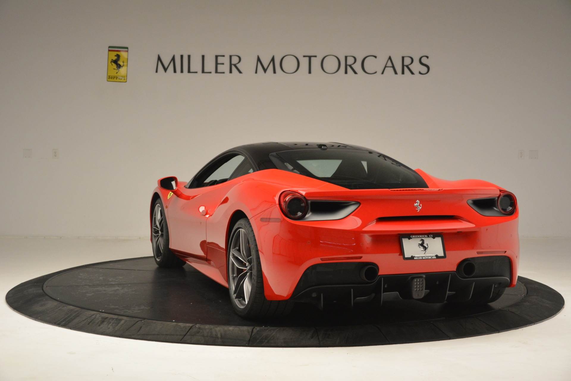Used 2018 Ferrari 488 GTB  For Sale In Westport, CT 3288_p5