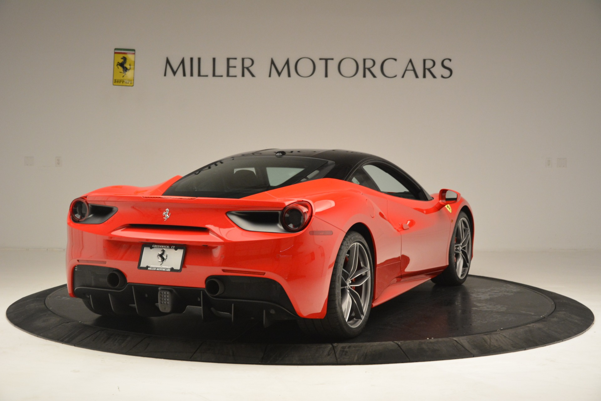 Used 2018 Ferrari 488 GTB  For Sale In Westport, CT 3288_p7
