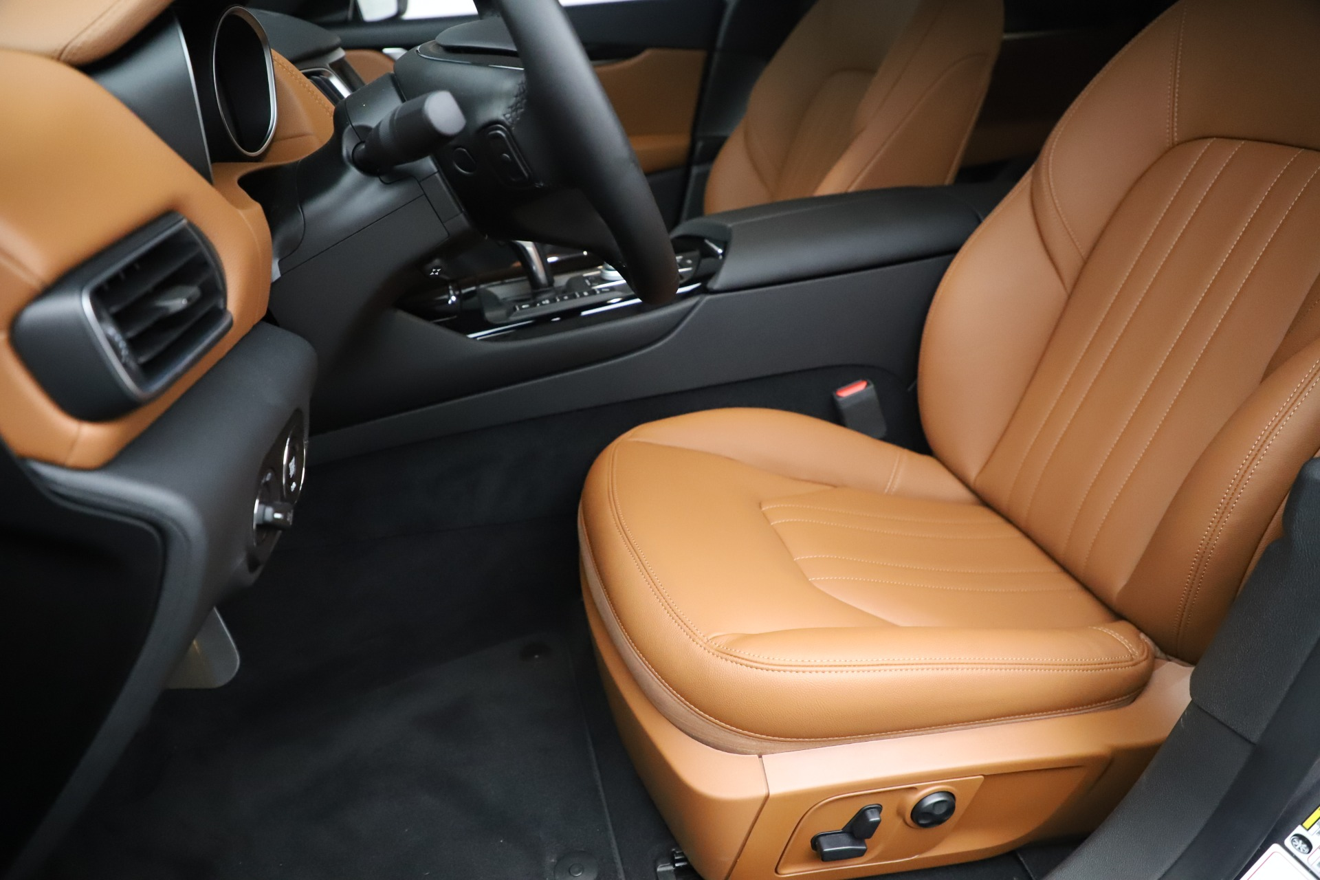 New 2019 Maserati Levante Q4 For Sale In Westport, CT 3292_p15