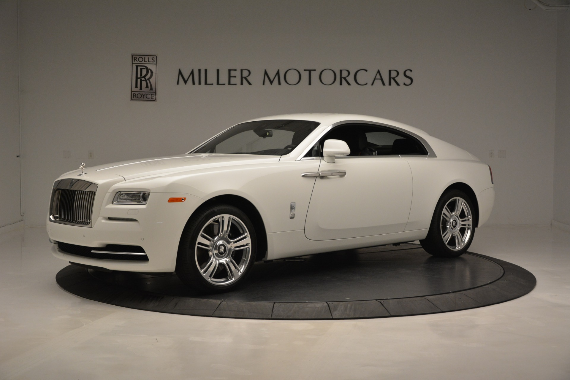 Used 2016 Rolls-Royce Wraith  For Sale In Westport, CT 3294_p2