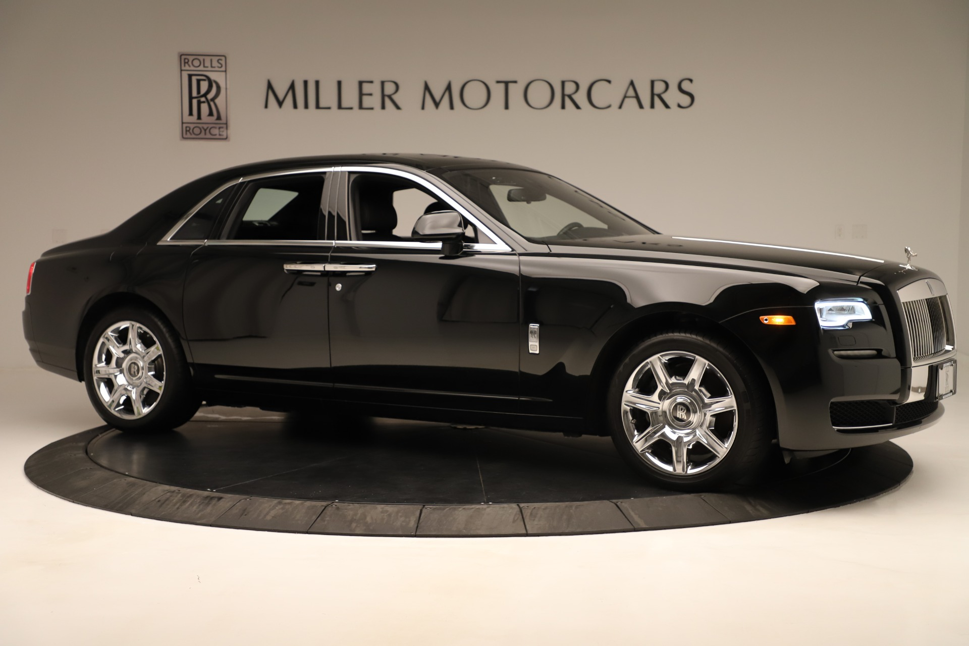 Used 2016 Rolls-Royce Ghost  For Sale In Westport, CT 3298_p10