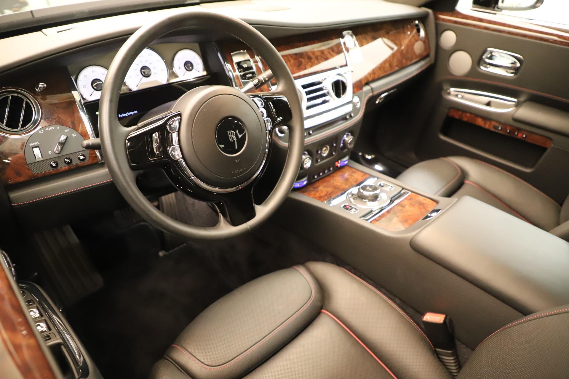 Used 2016 Rolls-Royce Ghost  For Sale In Westport, CT 3298_p13