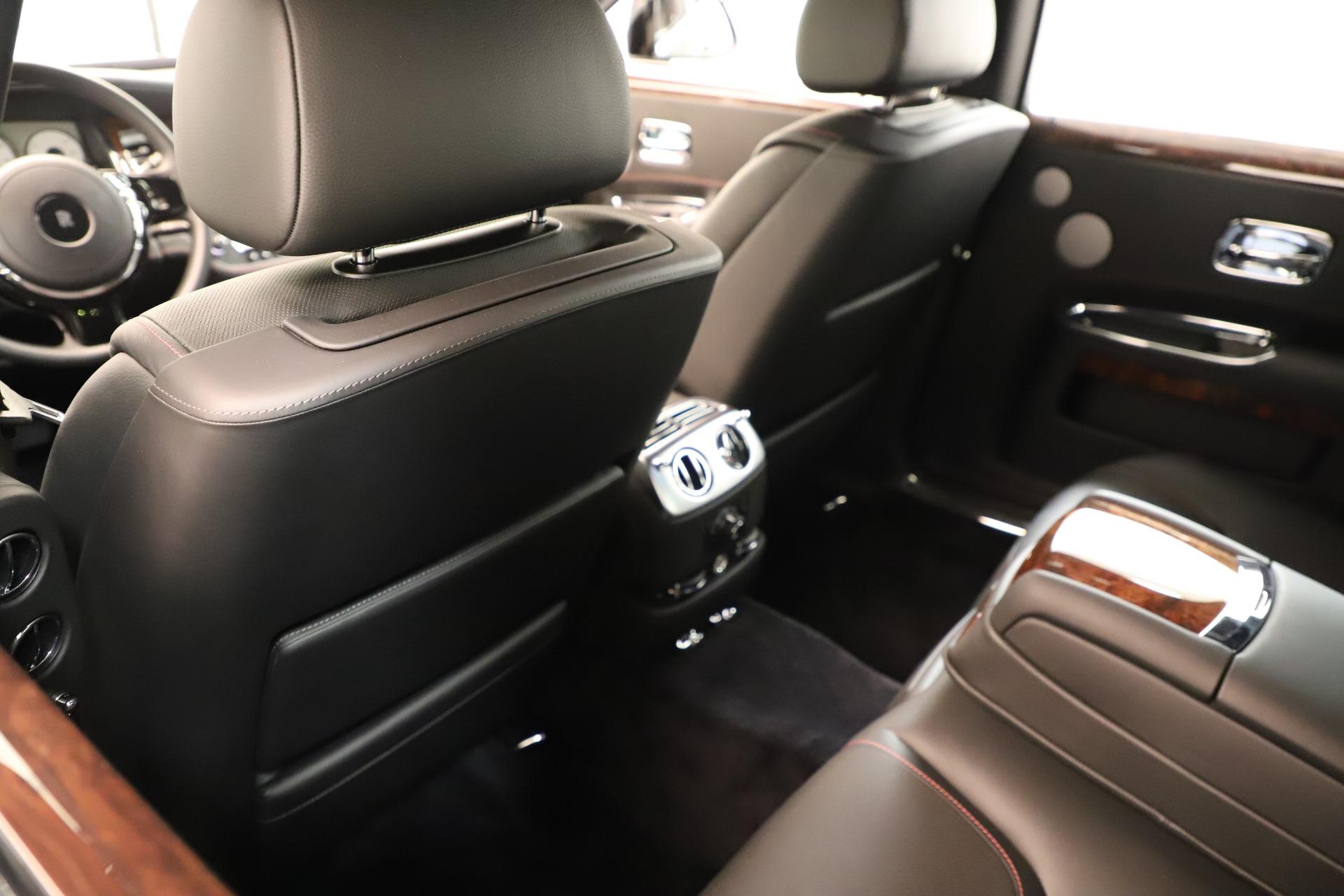 Used 2016 Rolls-Royce Ghost  For Sale In Westport, CT 3298_p21