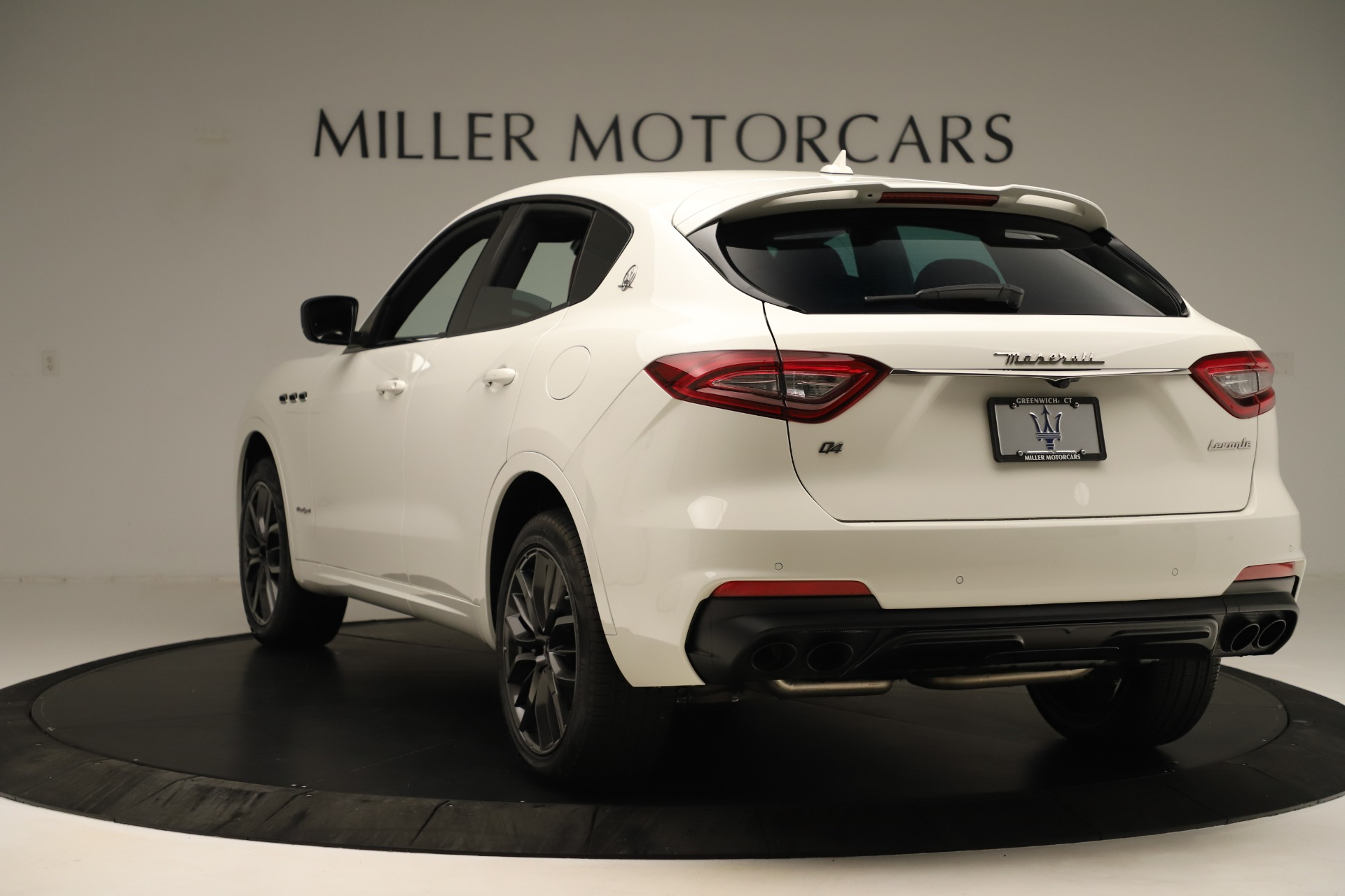 New 2019 Maserati Levante Q4 GranSport Nerissimo For Sale In Westport, CT 3300_p5