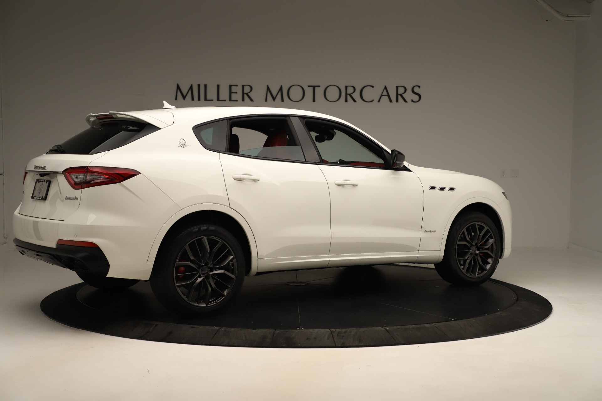New 2019 Maserati Levante Q4 GranSport Nerissimo For Sale In Westport, CT 3300_p8