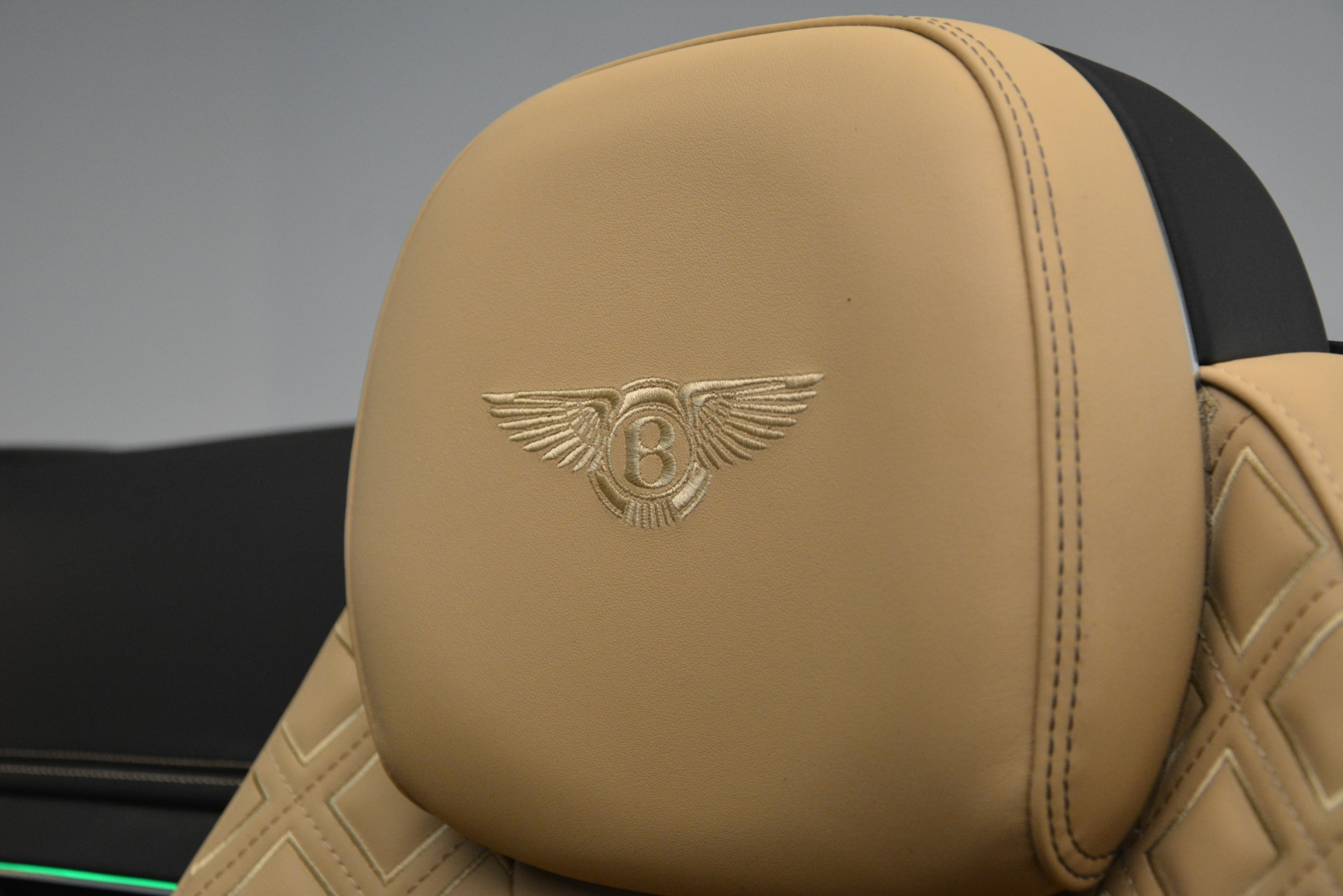 New 2020 Bentley Continental GTC V8 For Sale In Westport, CT 3301_p32