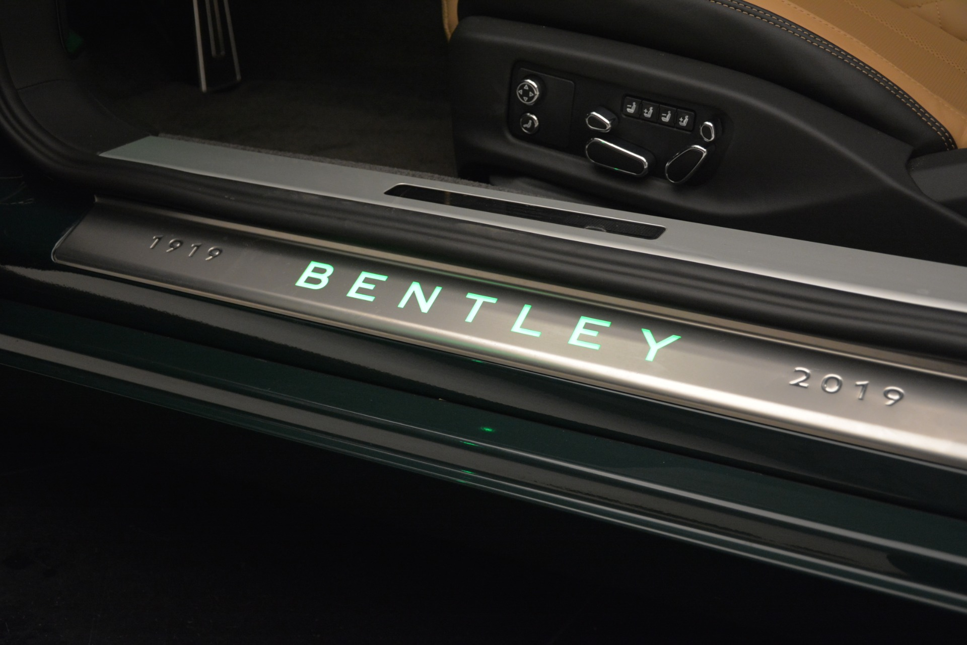 New 2020 Bentley Continental GTC V8 For Sale In Westport, CT 3301_p34