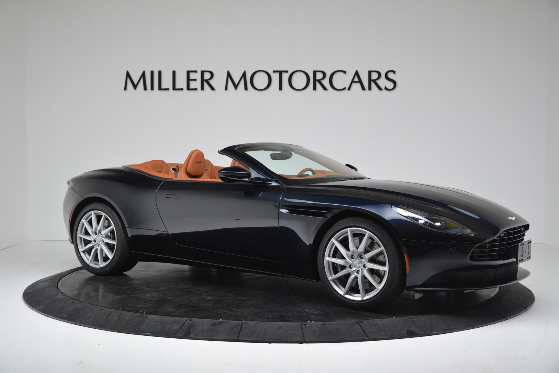 New 2019 Aston Martin DB11 V8 For Sale In Westport, CT 3308_p10