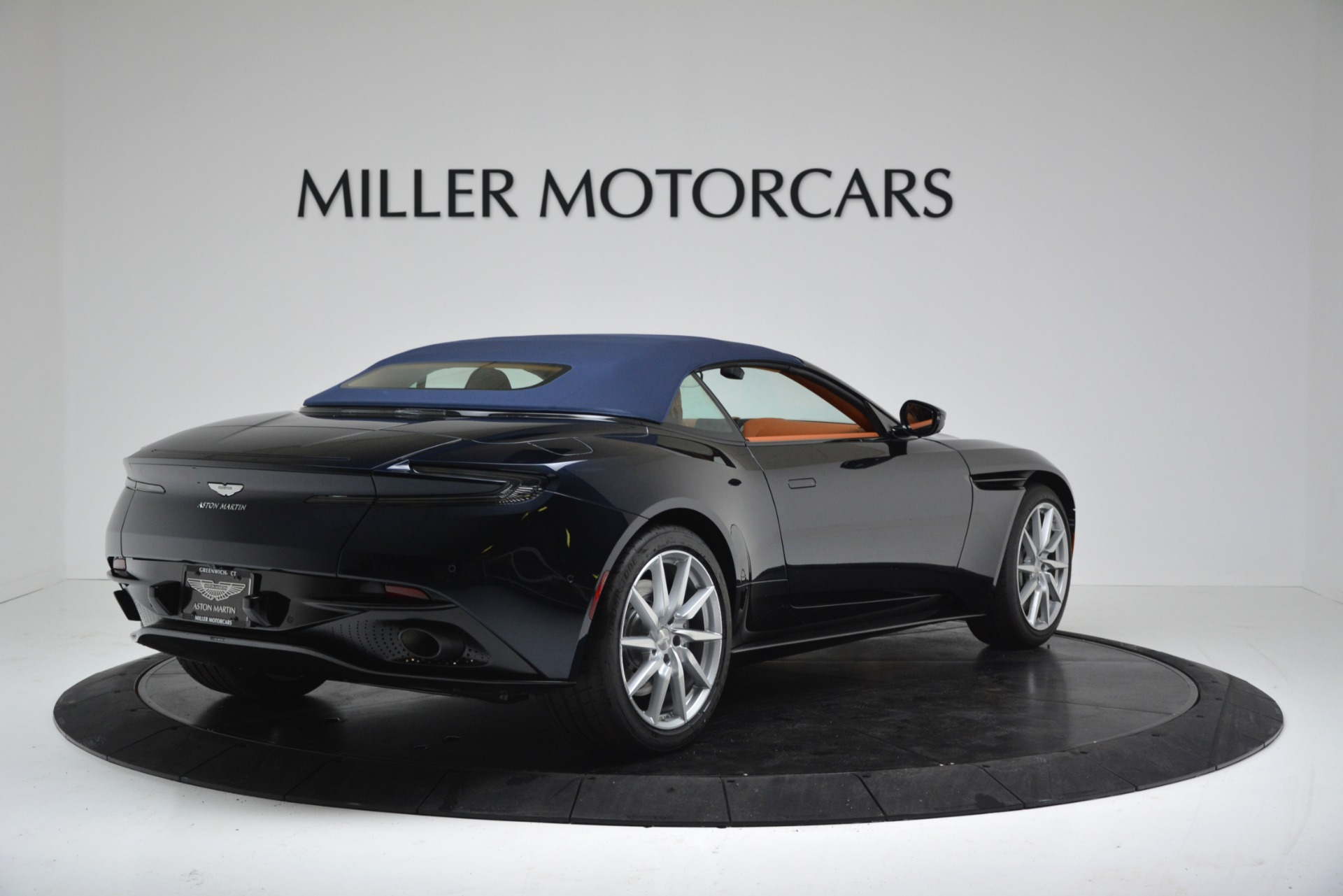 New 2019 Aston Martin DB11 V8 For Sale In Westport, CT 3308_p17