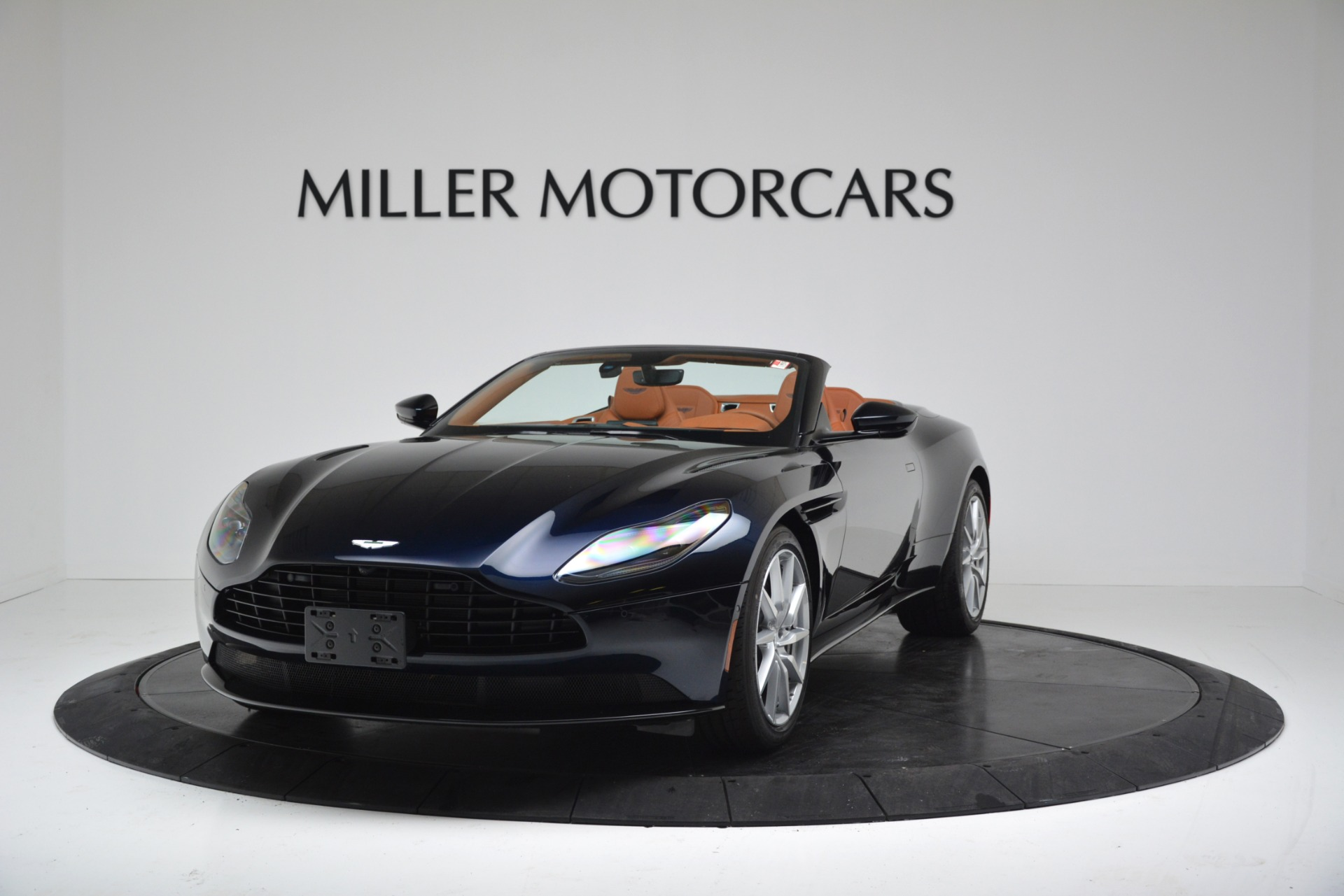 New 2019 Aston Martin DB11 V8 For Sale In Westport, CT 3308_p2