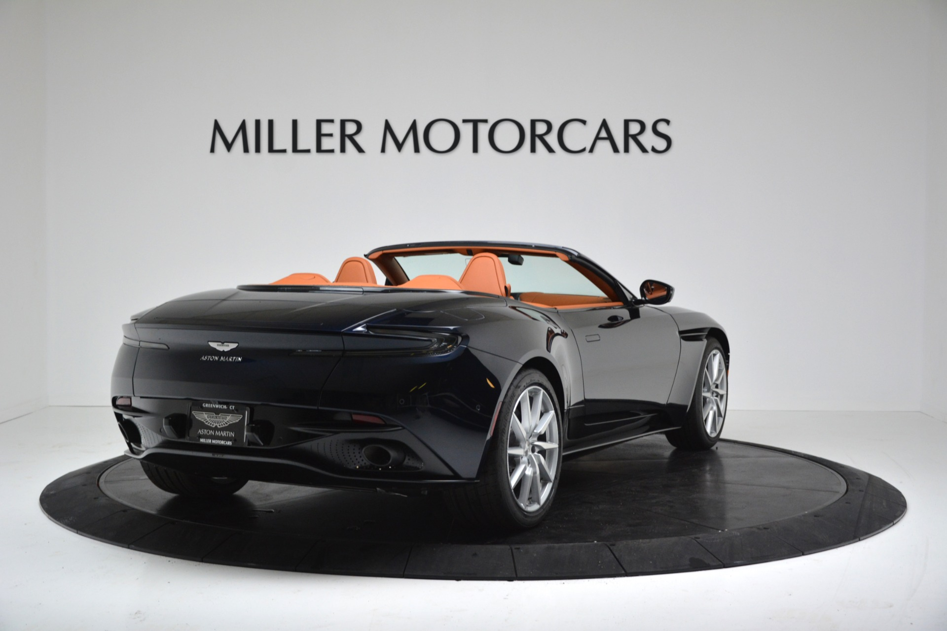 New 2019 Aston Martin DB11 V8 For Sale In Westport, CT 3308_p7
