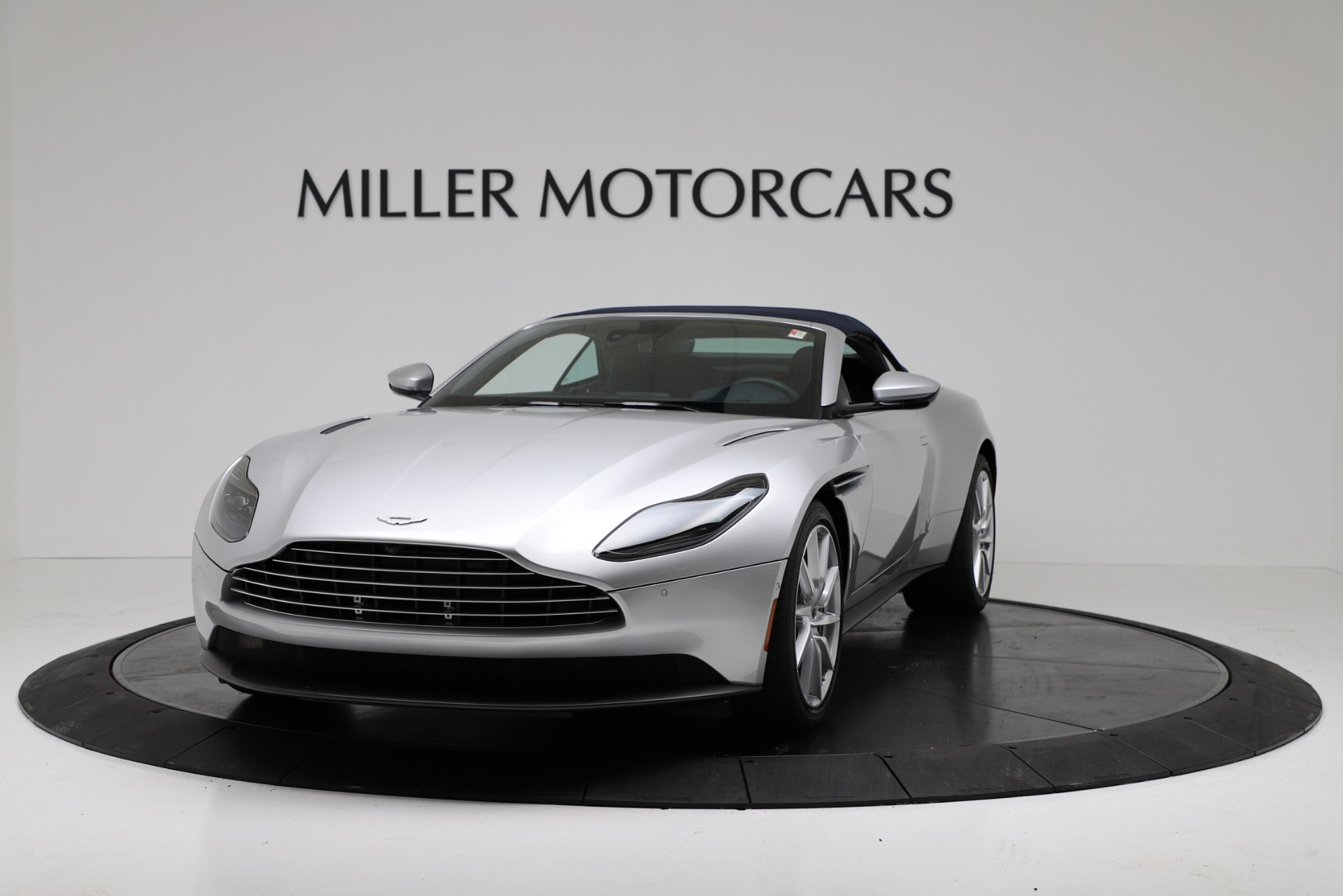 New 2019 Aston Martin DB11 V8 For Sale In Westport, CT 3316_p13