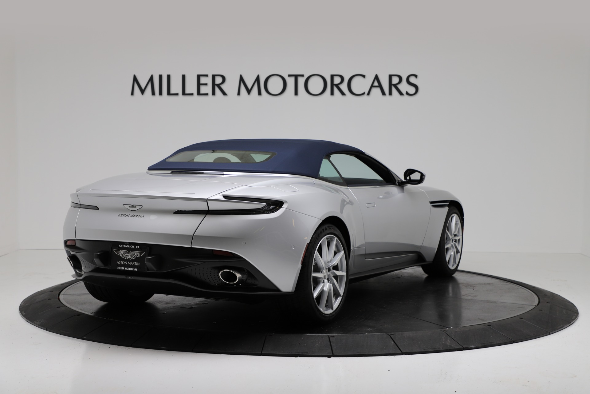 New 2019 Aston Martin DB11 V8 For Sale In Westport, CT 3316_p16