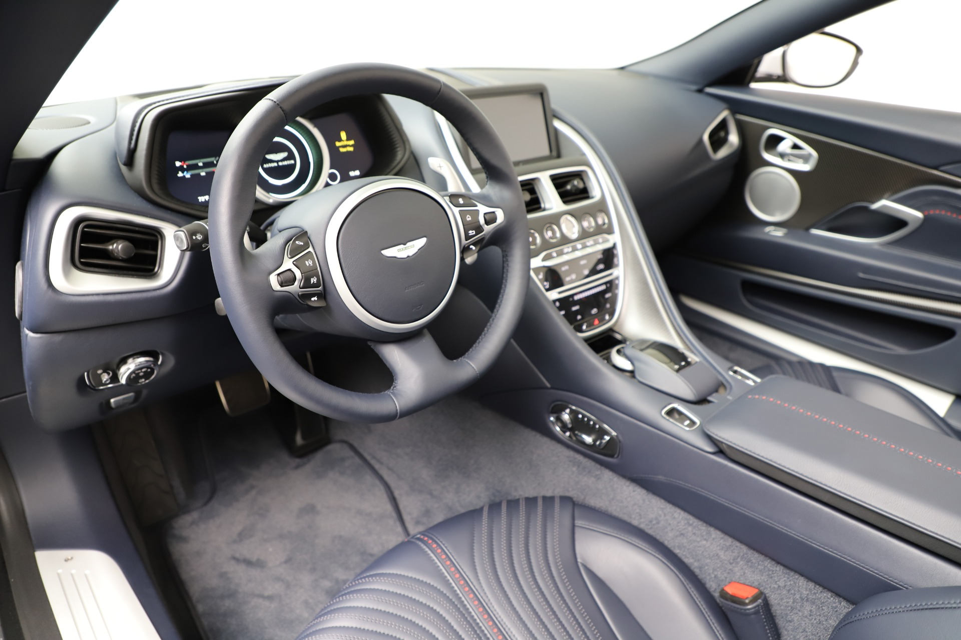New 2019 Aston Martin DB11 V8 For Sale In Westport, CT 3316_p20