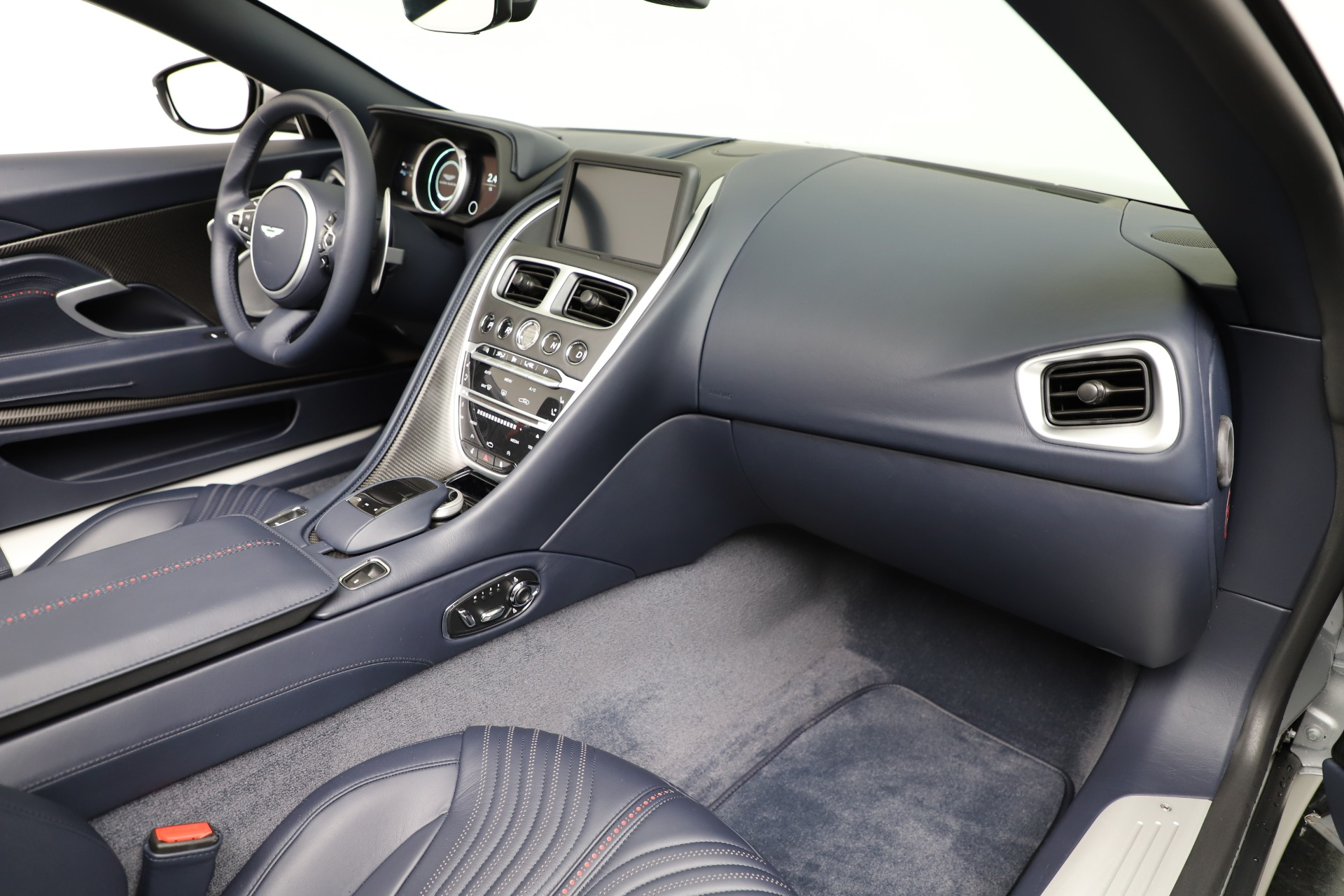 New 2019 Aston Martin DB11 V8 For Sale In Westport, CT 3316_p25