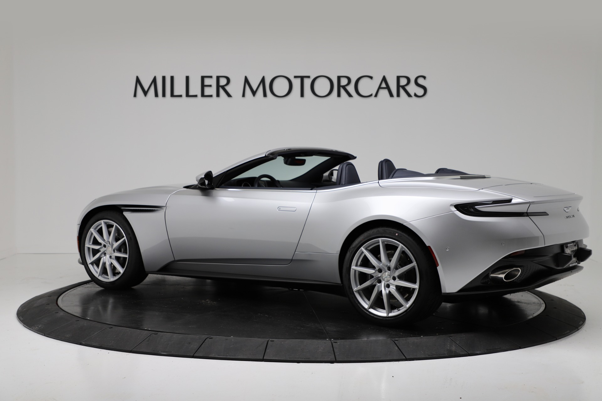 New 2019 Aston Martin DB11 V8 For Sale In Westport, CT 3316_p4